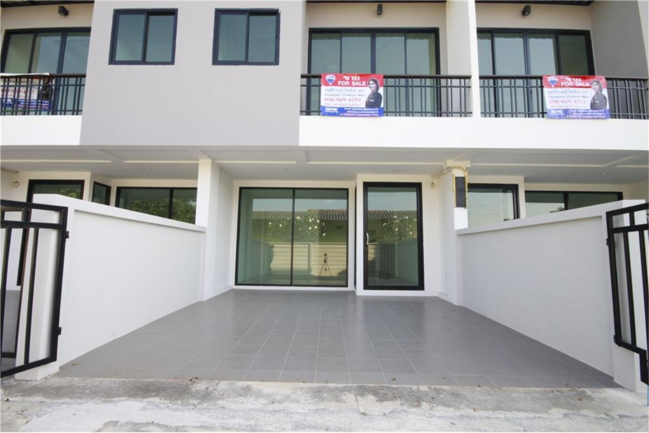 RE/MAX Real Estate Pros Agency's Townhome for sale BE TOWN, Noen Phra, Mueang Rayong Rayong 3