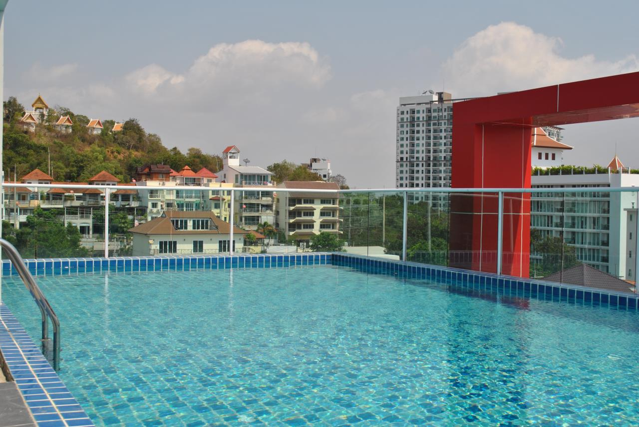 Real Estate in Pattaya Agency's Studio - Art on the Hill 4