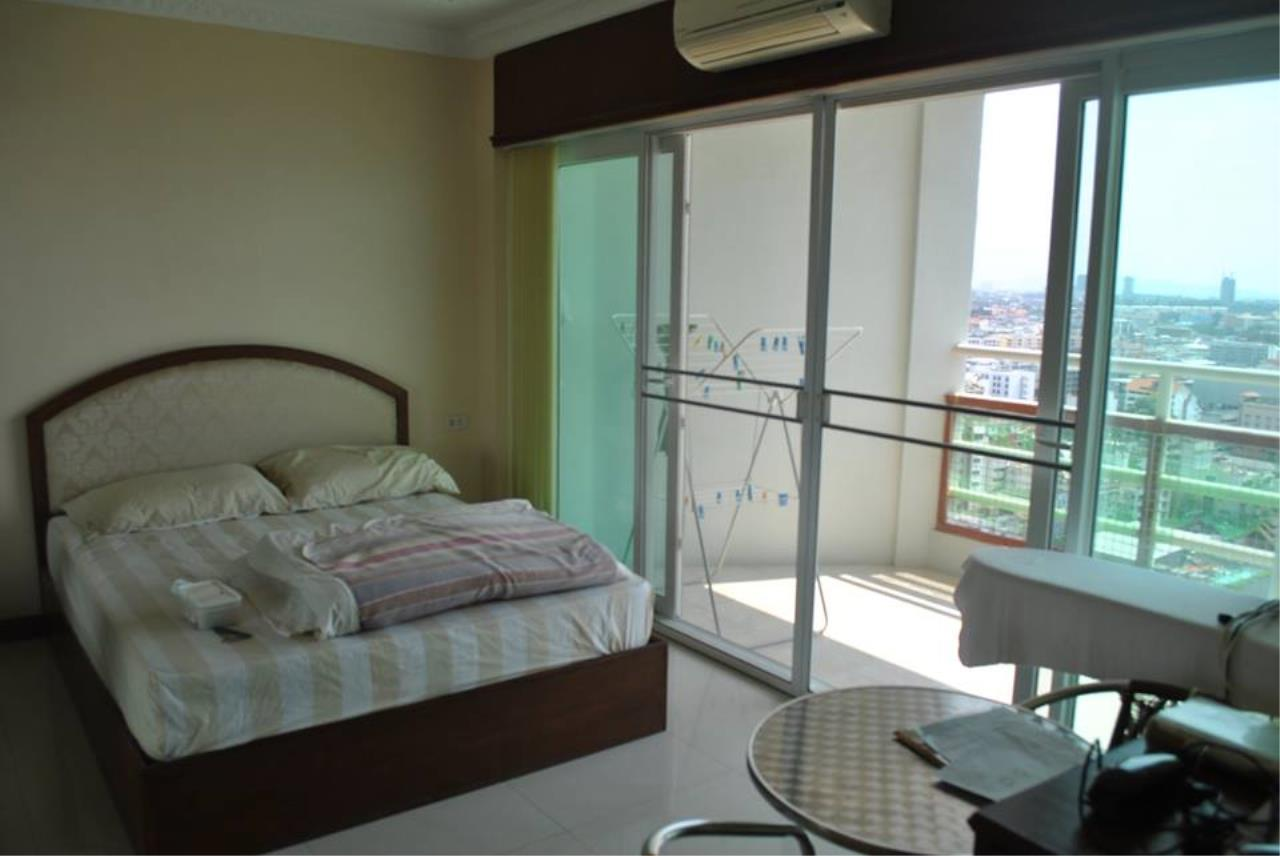 Real Estate in Pattaya Agency's 2 Bed Room - View Talay 6 1