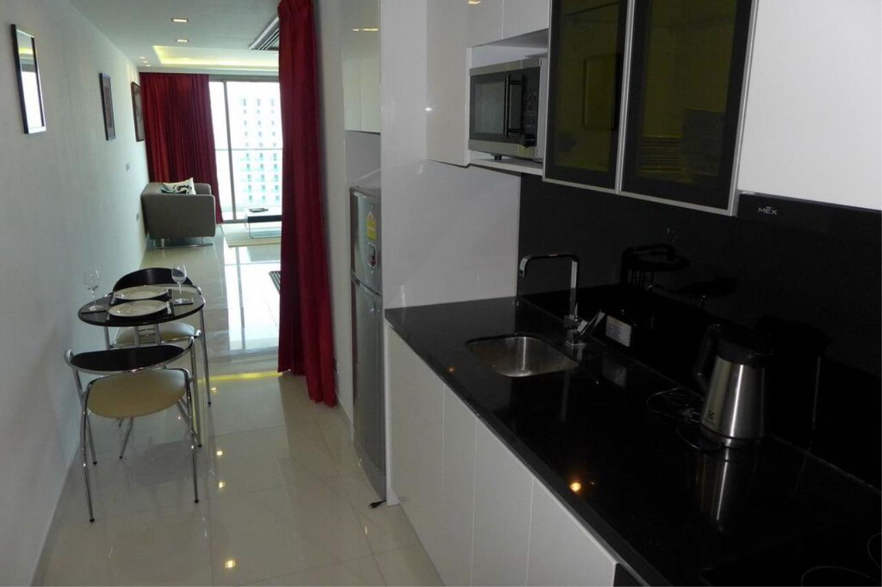 Real Estate in Pattaya Agency's 1 Bed Room - Wongamat Tower 6