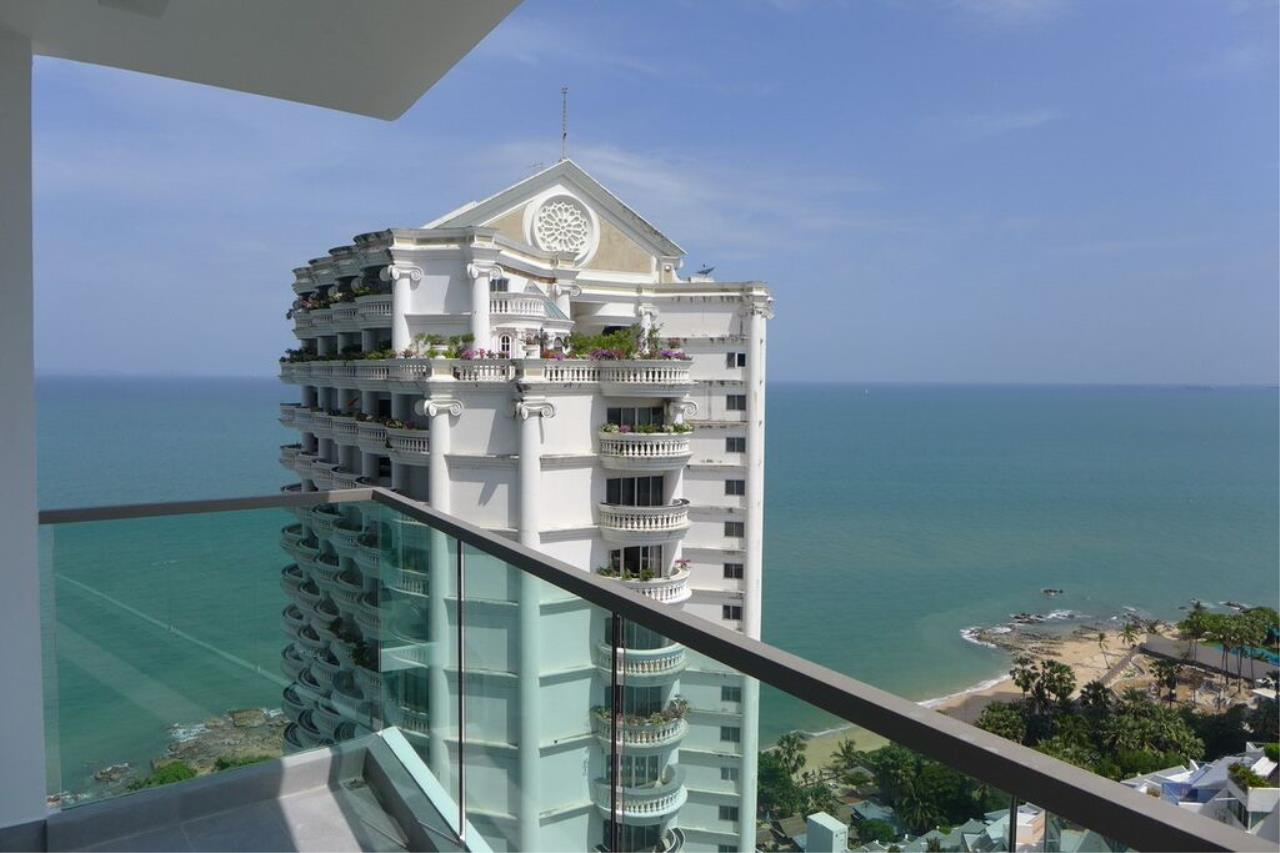 Real Estate in Pattaya Agency's 1 Bed Room - Wongamat Tower 7