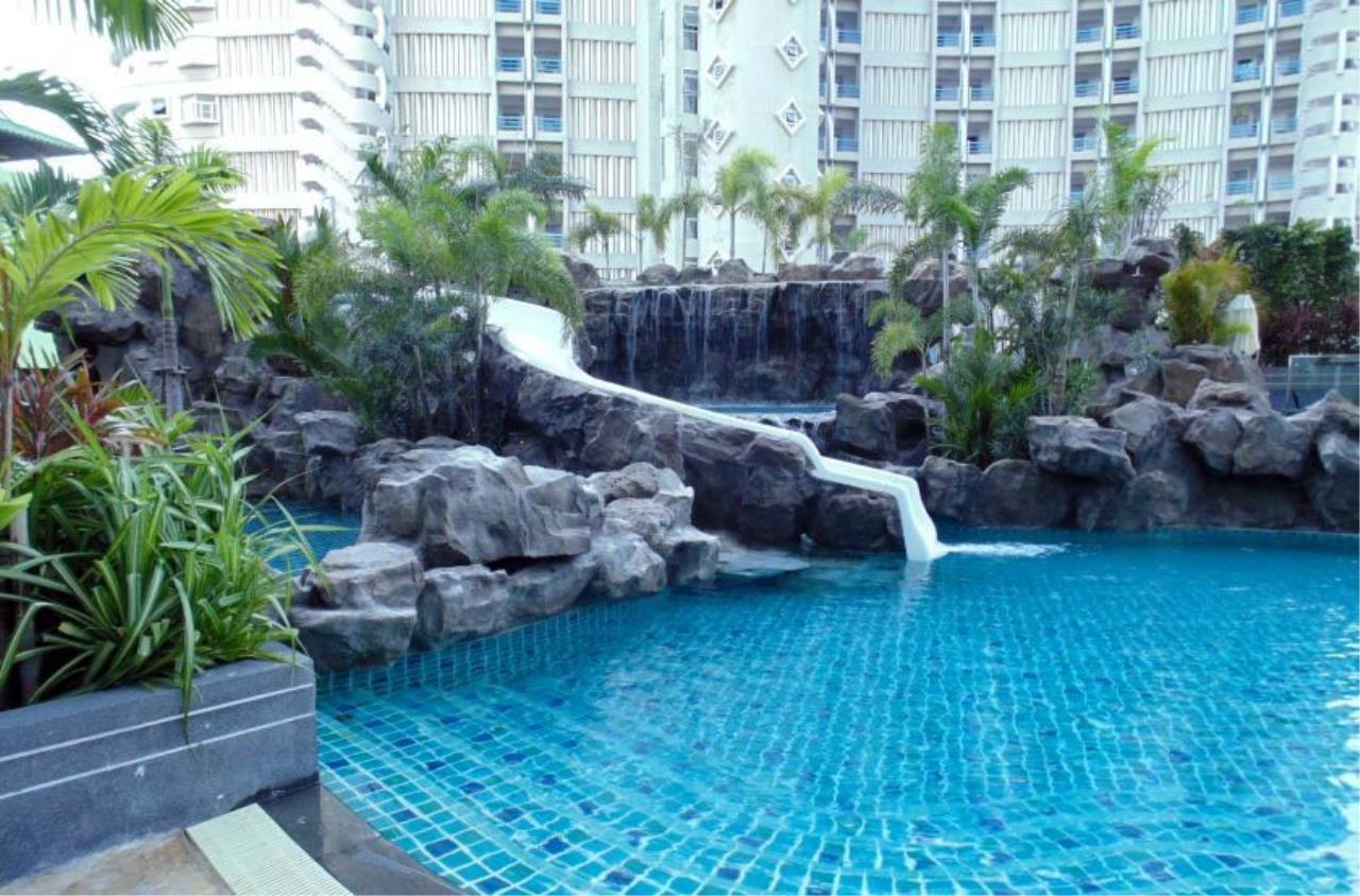 Real Estate in Pattaya Agency's 1 Bed Room - The Cliff  6
