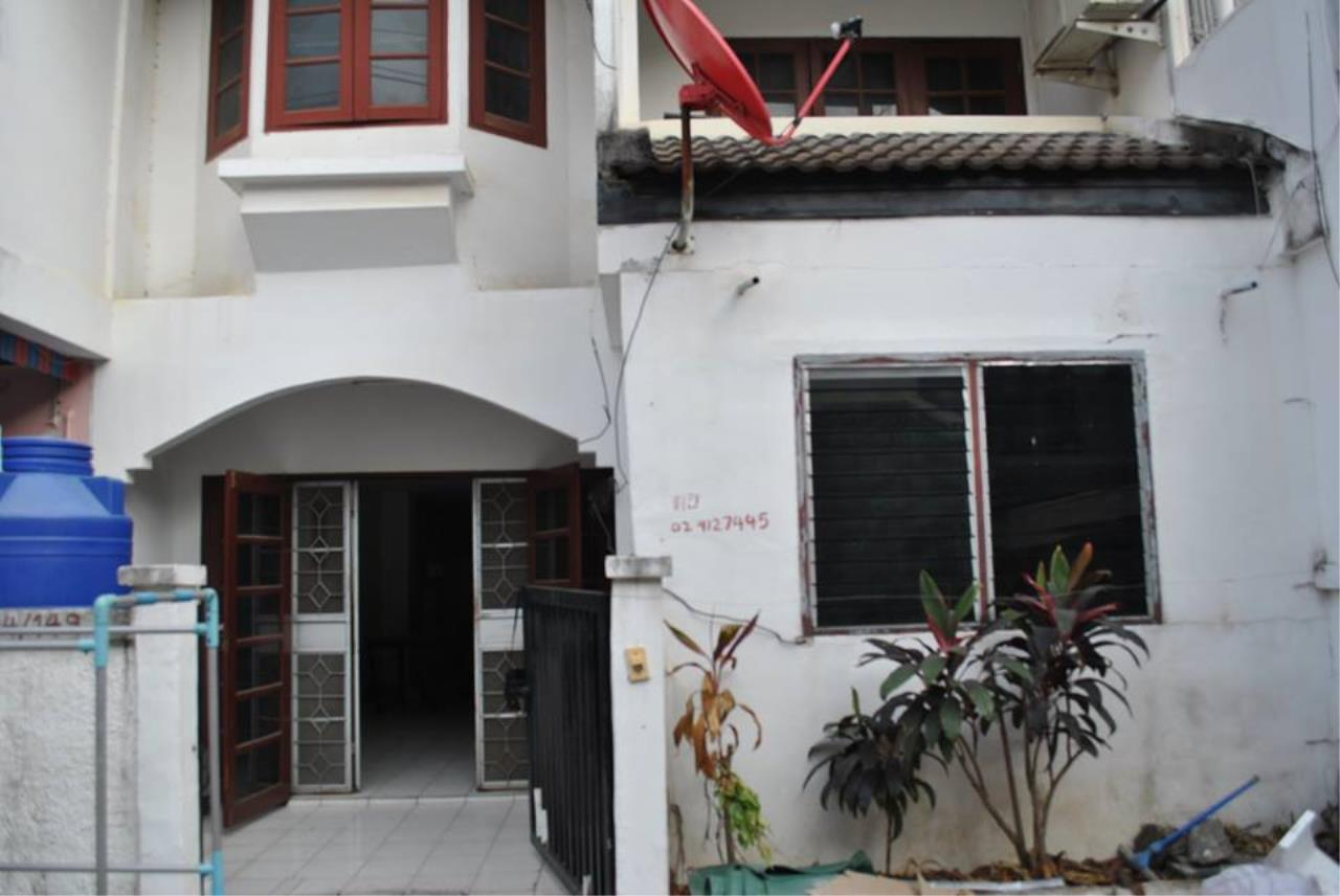 Real Estate in Pattaya Agency's 2 Bed Room Town House, The Village 3