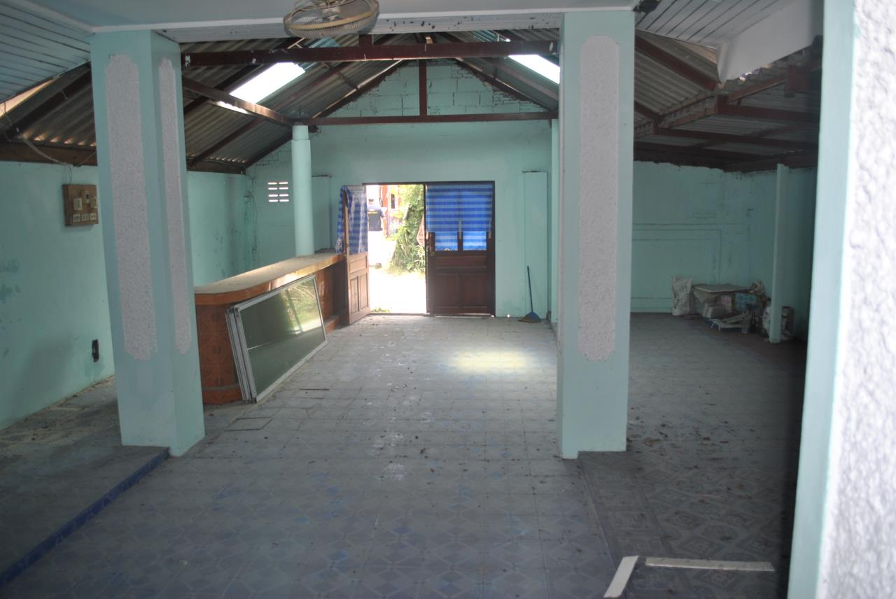 Real Estate in Pattaya Agency's 3 Bed Room House with Business Space 1