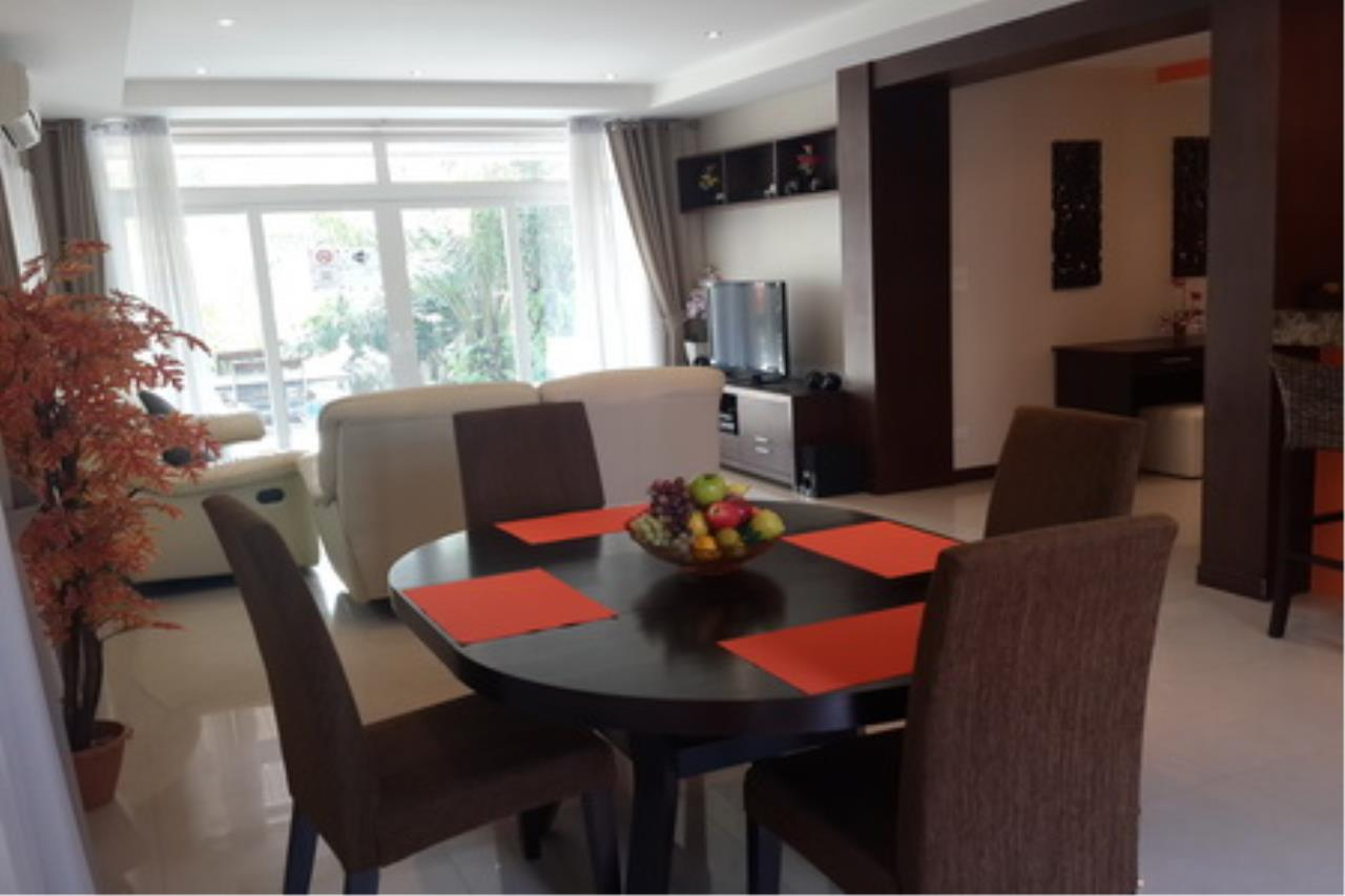 Real Estate in Pattaya Agency's 4 Bed Room Private Pool Villa 4