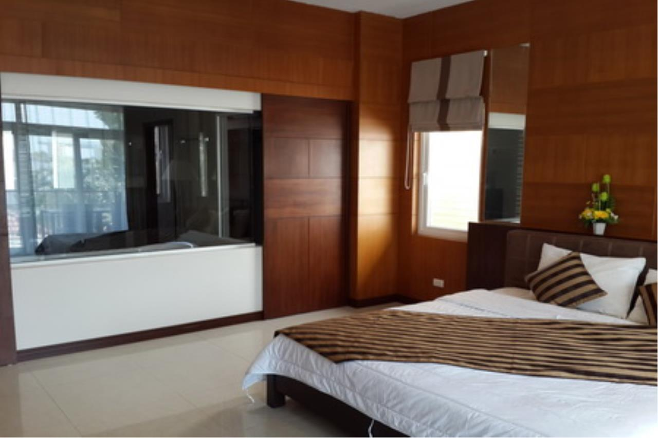Real Estate in Pattaya Agency's 4 Bed Room Private Pool Villa 10