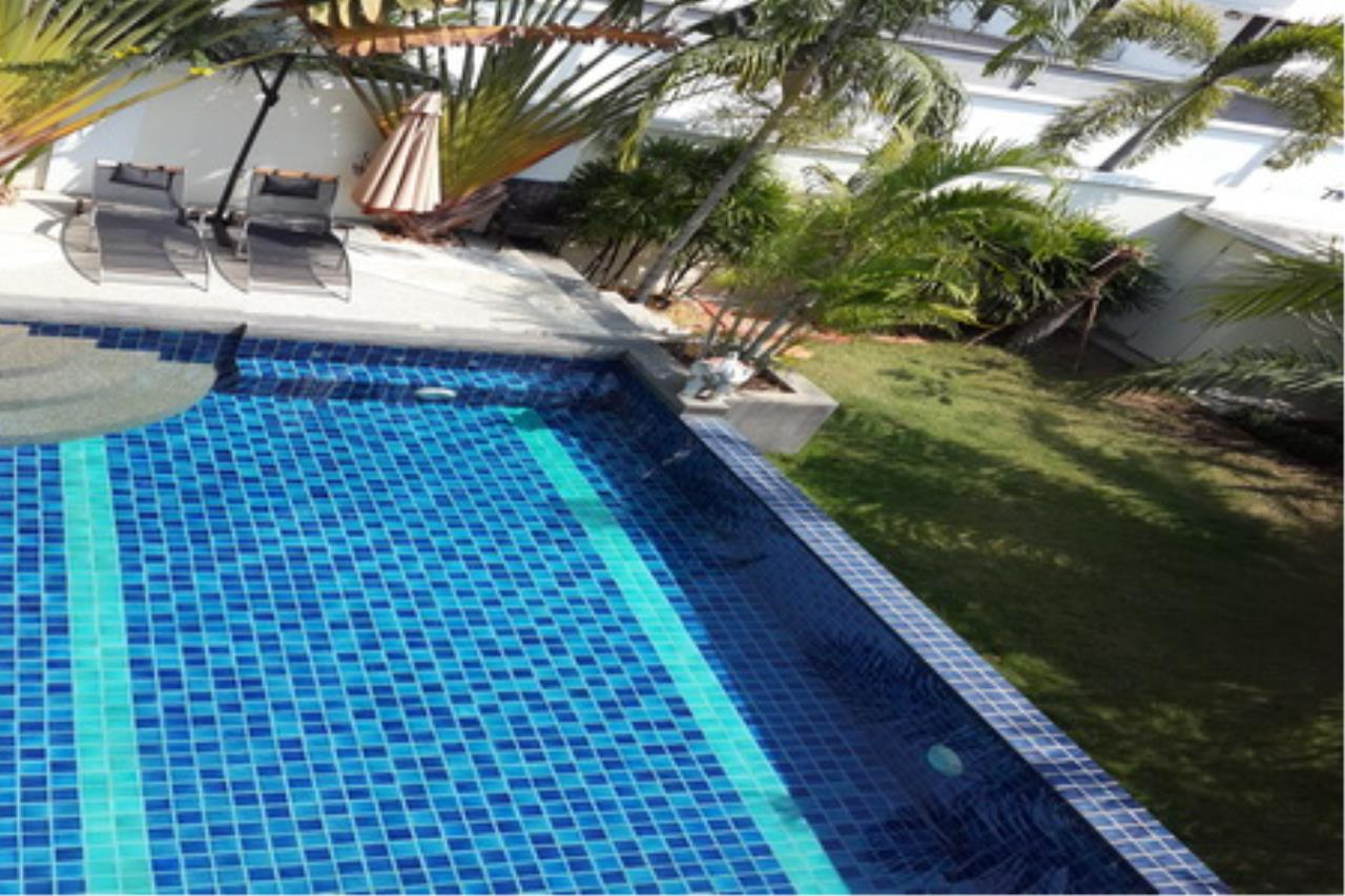 Real Estate in Pattaya Agency's 4 Bed Room Private Pool Villa 7