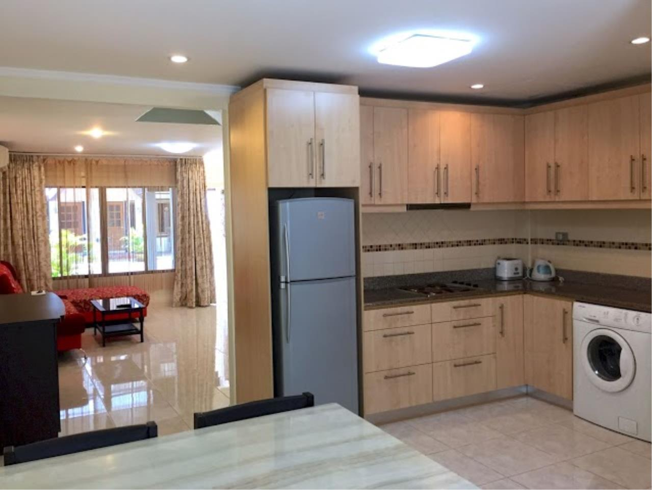 Real Estate in Pattaya Agency's 2 Bed Room Town House 4