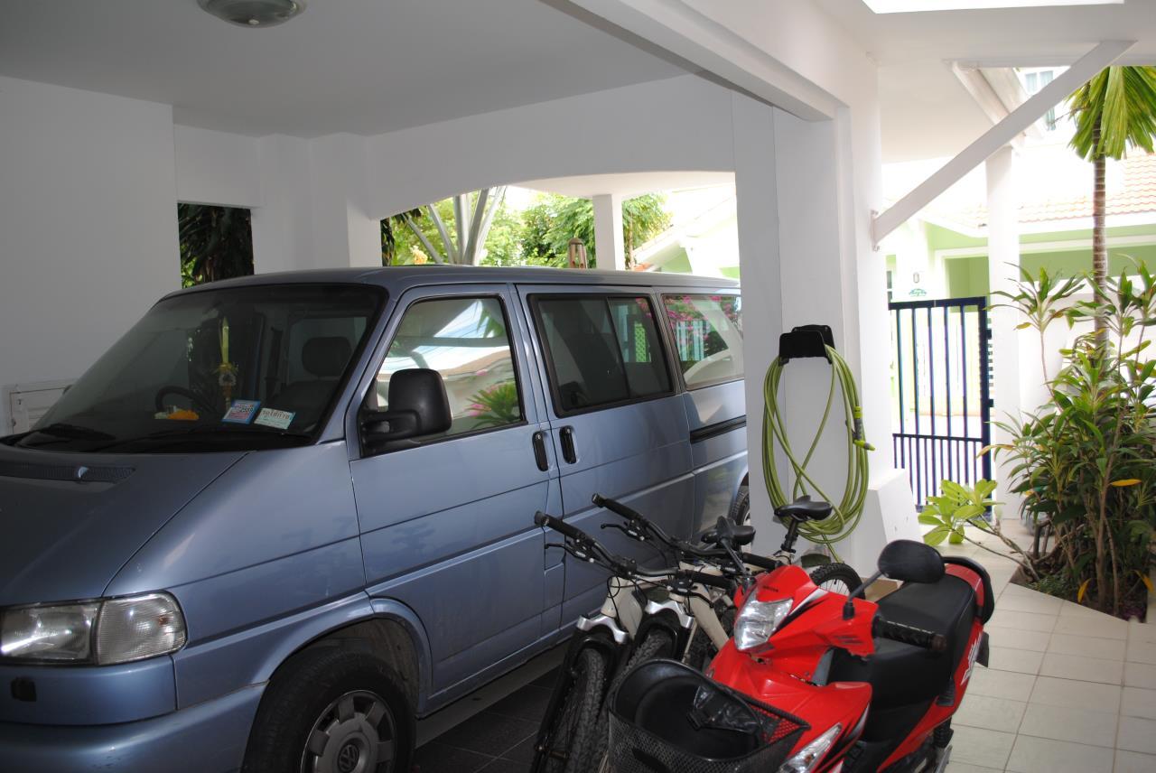 Real Estate in Pattaya Agency's 4 Bed Room - Baan Fah Rim Haad 7