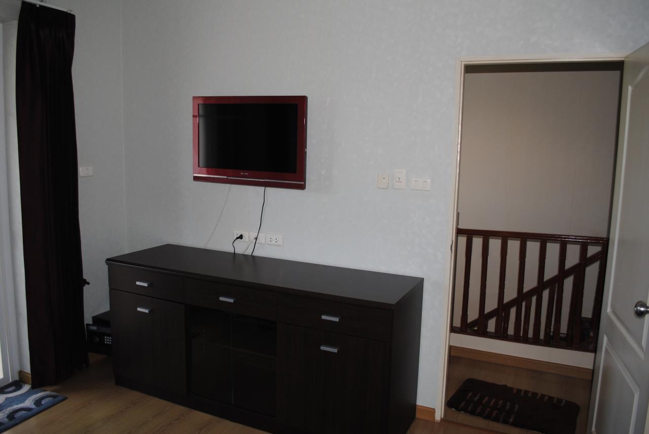 Real Estate in Pattaya Agency's 4 Bed Room - Baan Fah Rim Haad 6