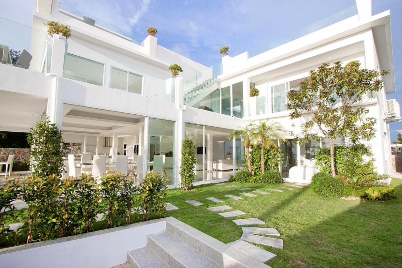 Real Estate in Pattaya Agency's 7 Bed Room - White House Villa 2