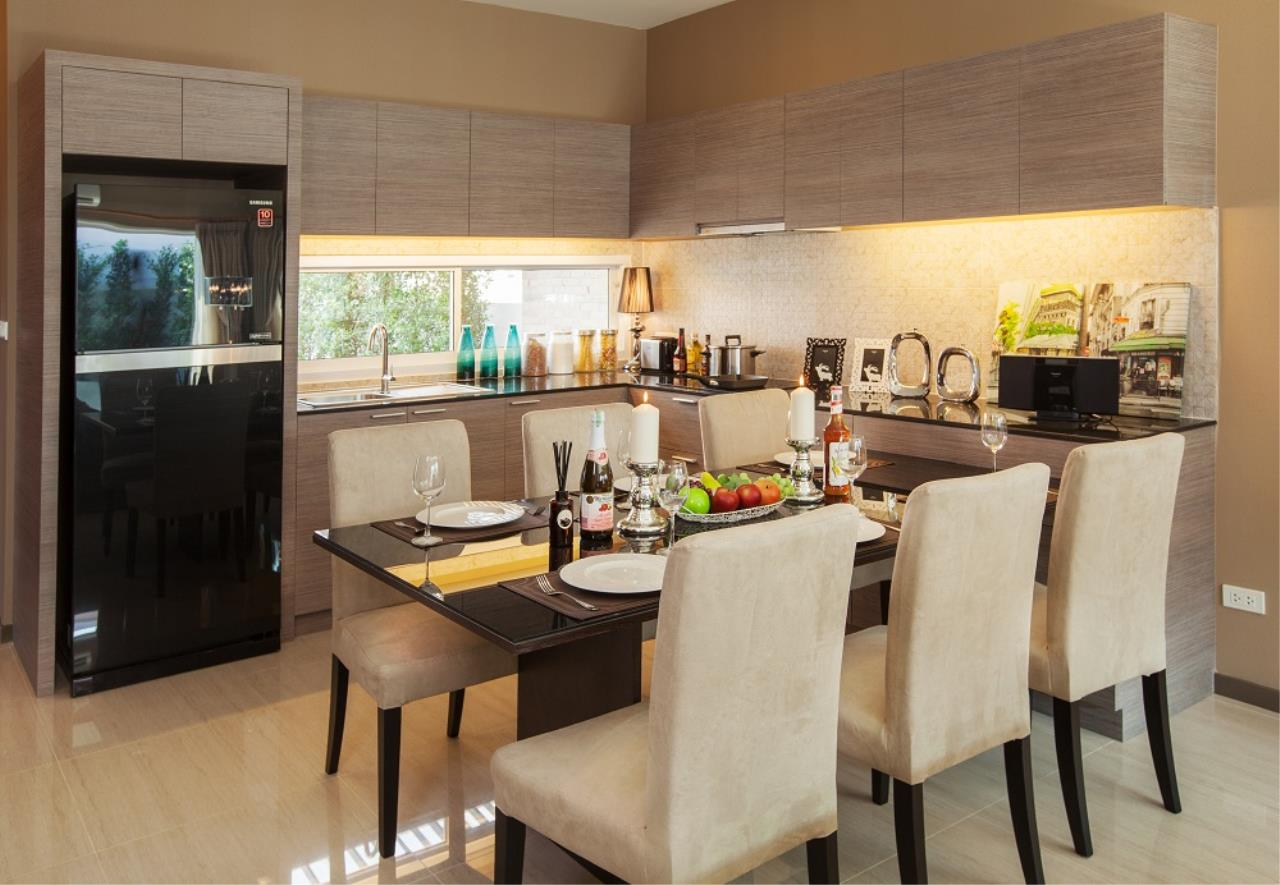Real Estate in Pattaya Agency's 3 Bed Room - The Ville 9