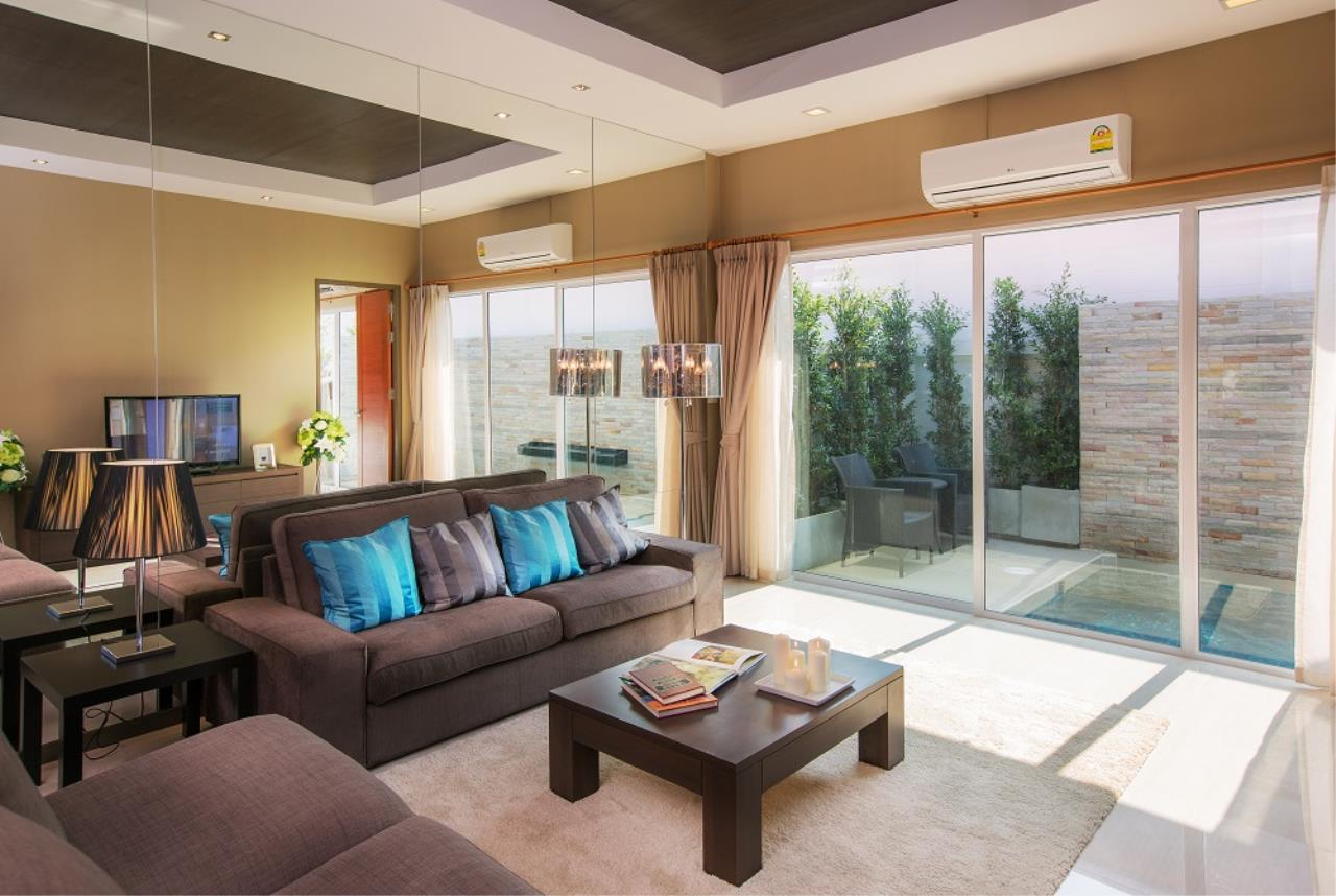 Real Estate in Pattaya Agency's 3 Bed Room - The Ville 12