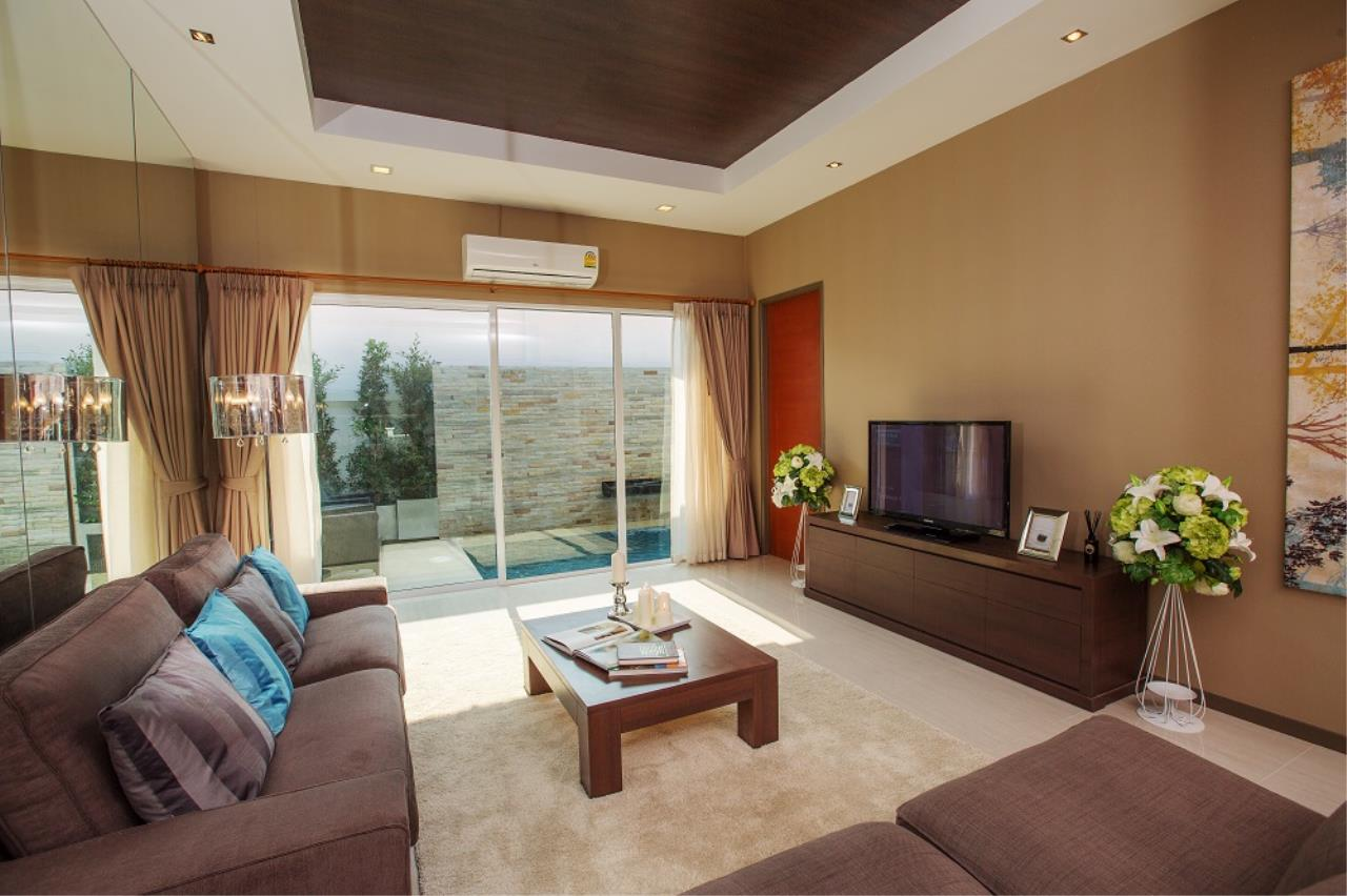 Real Estate in Pattaya Agency's 3 Bed Room - The Ville 8