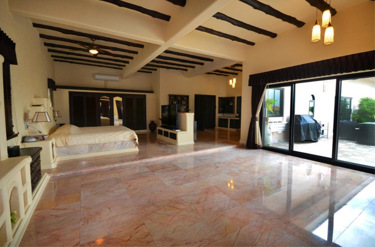 Real Estate in Pattaya Agency's 5 Bed Room - Casa de Torres Villa 26