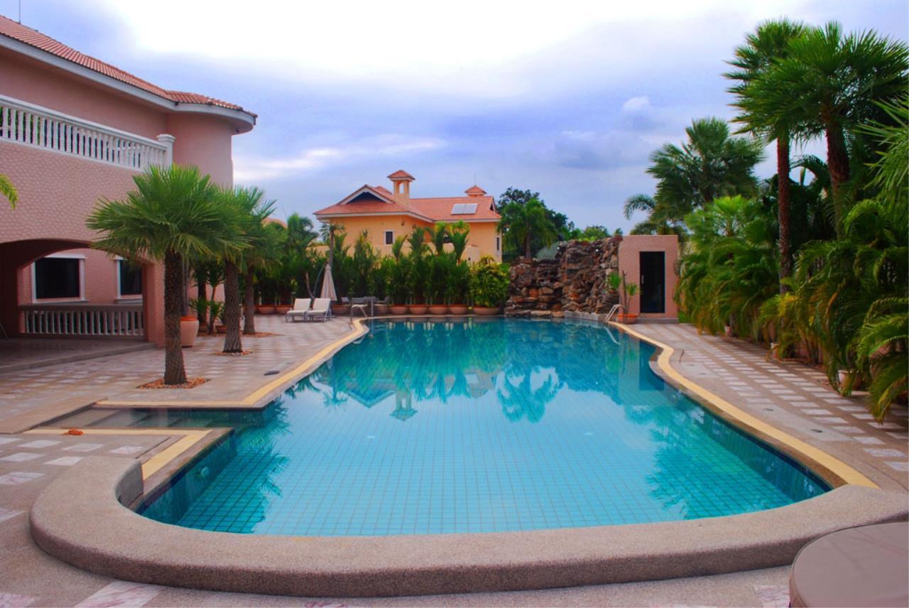 Real Estate in Pattaya Agency's 5 Bed Room - Casa de Torres Villa 19