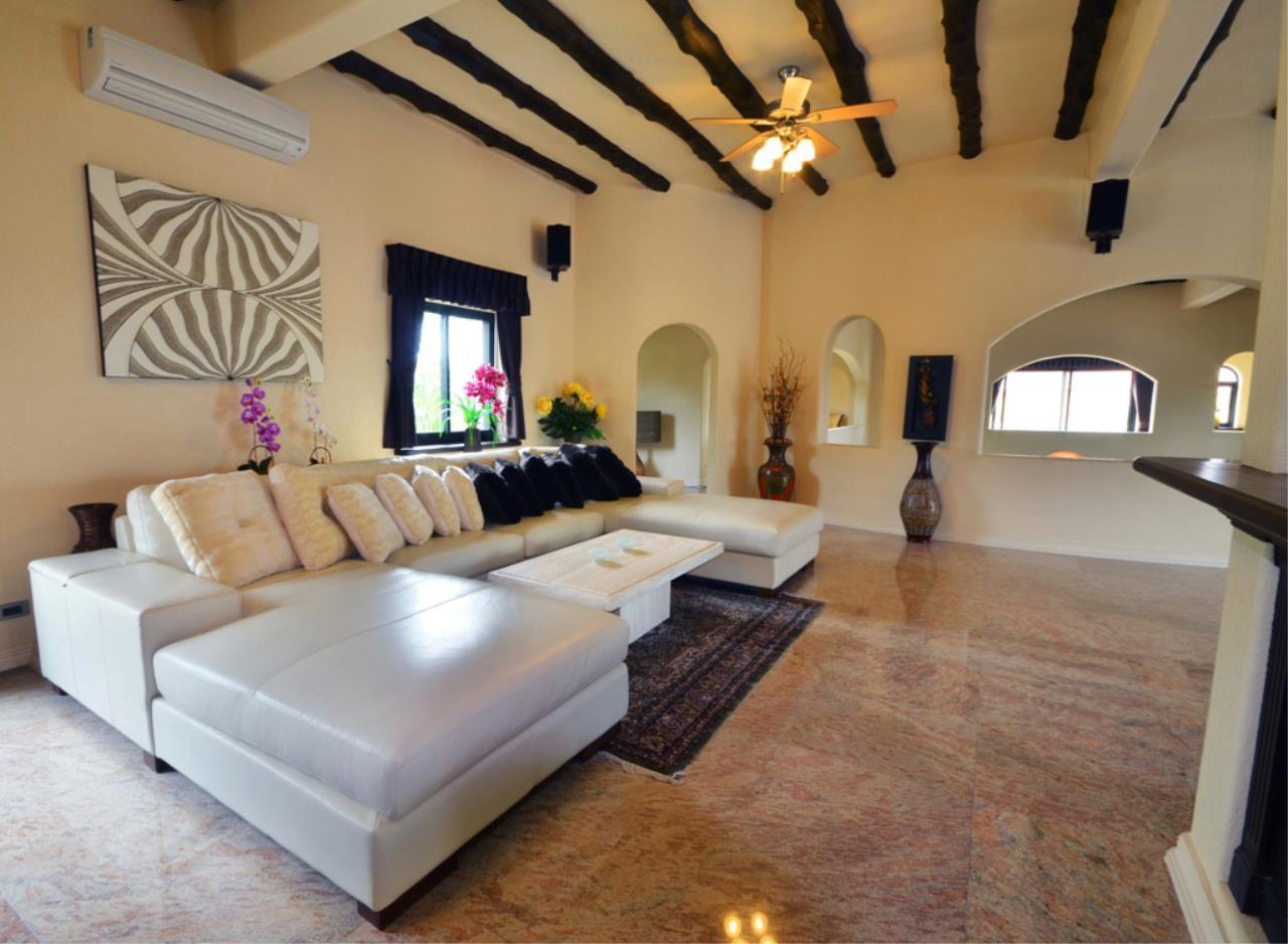 Real Estate in Pattaya Agency's 5 Bed Room - Casa de Torres Villa 17