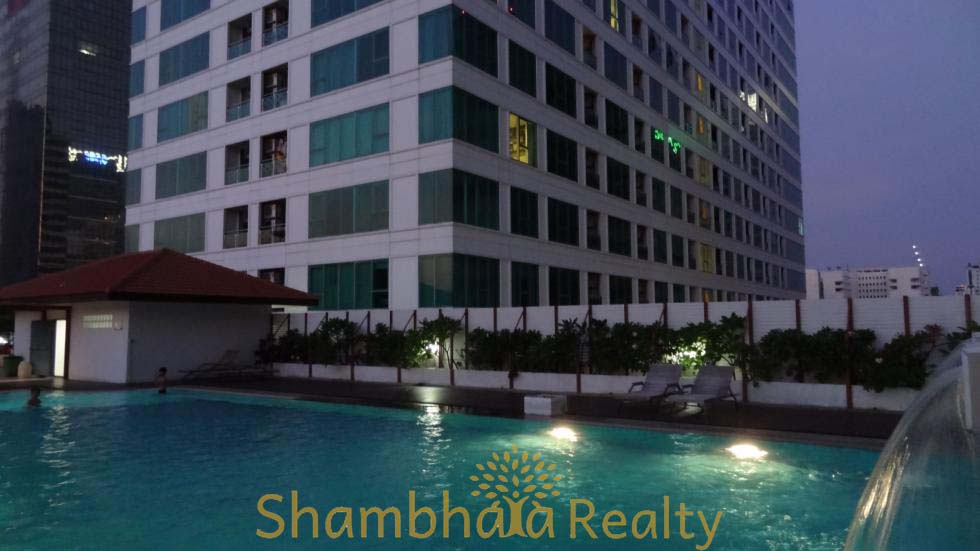 Shambhala Realty Agency's Sukhumvit Living Town For Rent 3