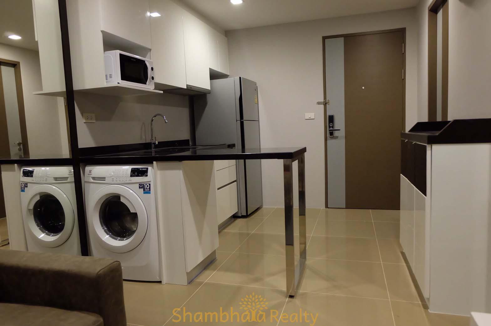 Shambhala Realty Agency's Mirage Condo For Rent, BTS Asoke 3
