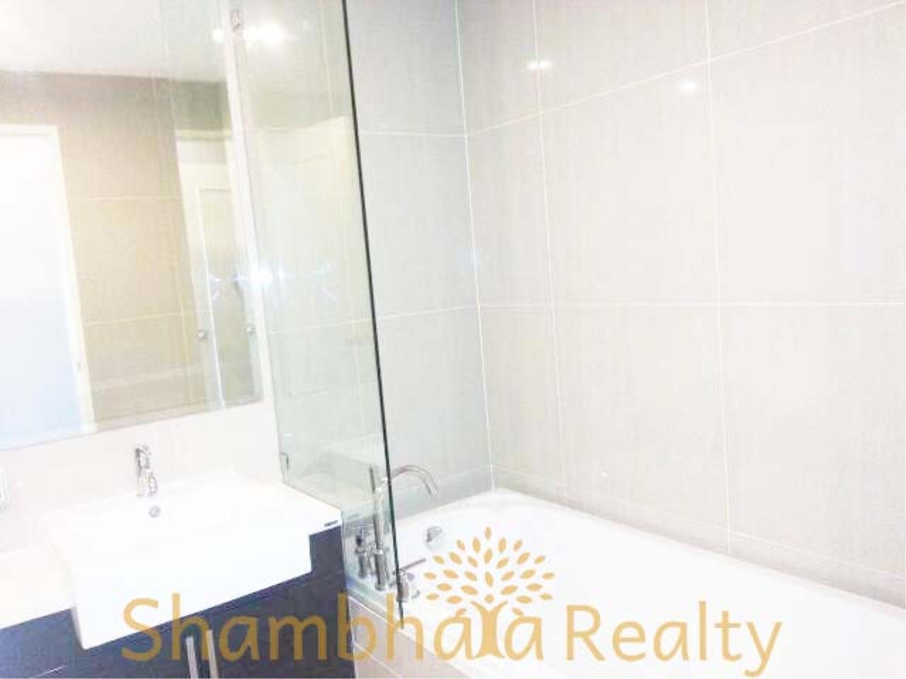 Shambhala Realty Agency's Villa Asoke Condominium for Rent in Petchaburi 12