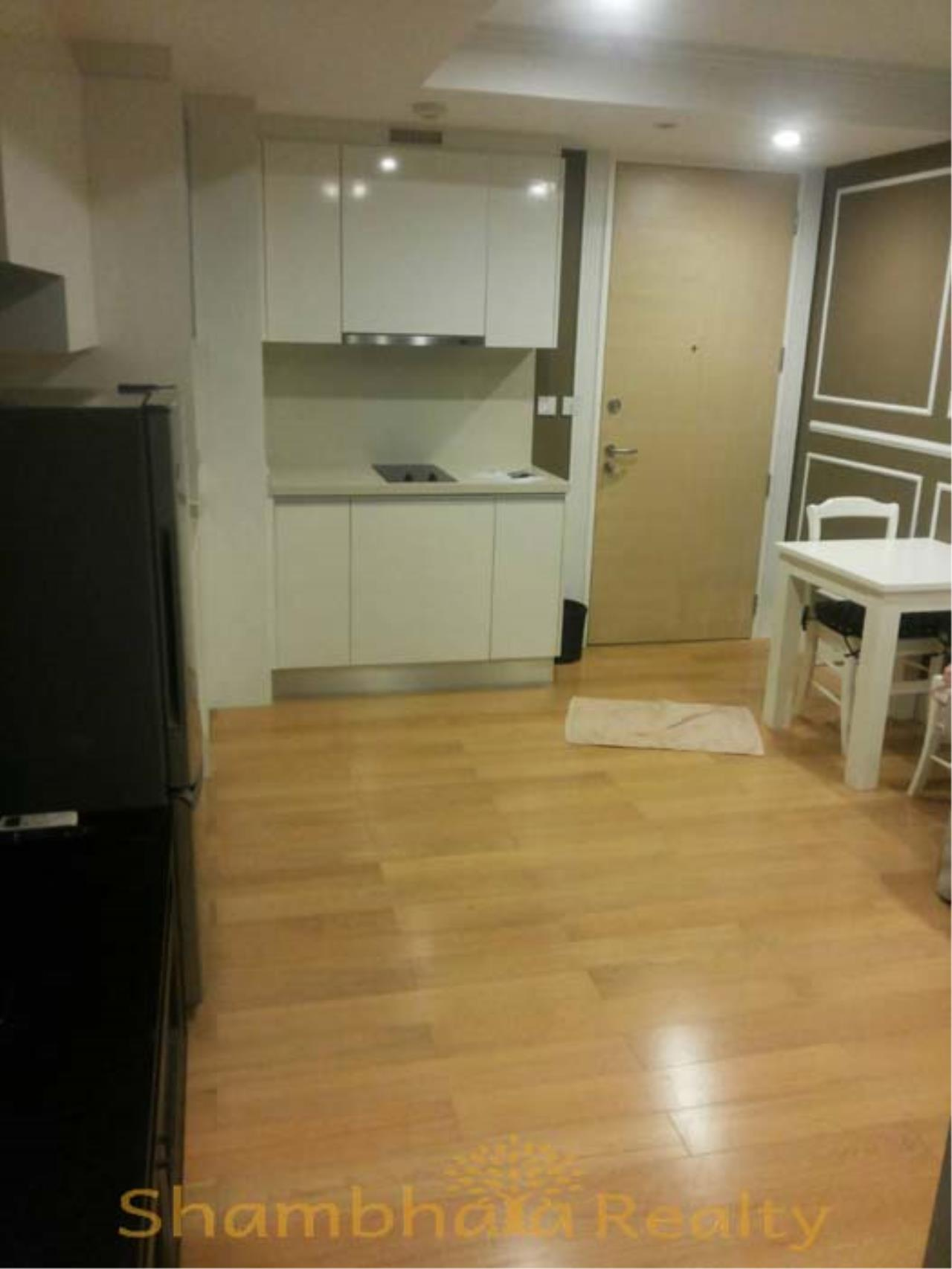 Shambhala Realty Agency's Collezio Condo Condominium for Rent in Sathon 8 road or Silom 3 road 1