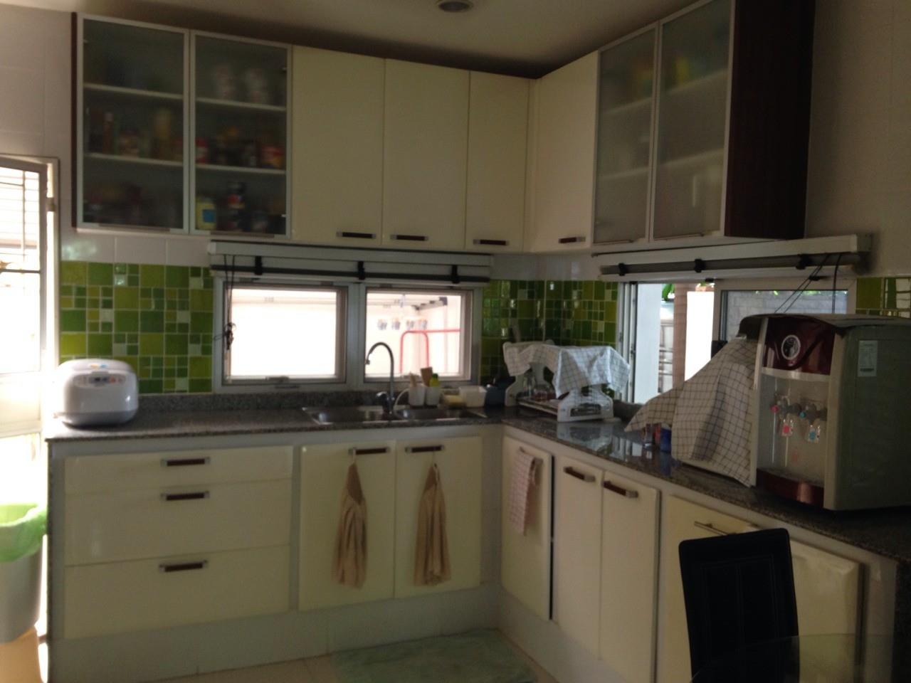 Shambhala Realty Agency's Noble GEO Vatcharaphol villa Condominium for Sale in Ramintra 15
