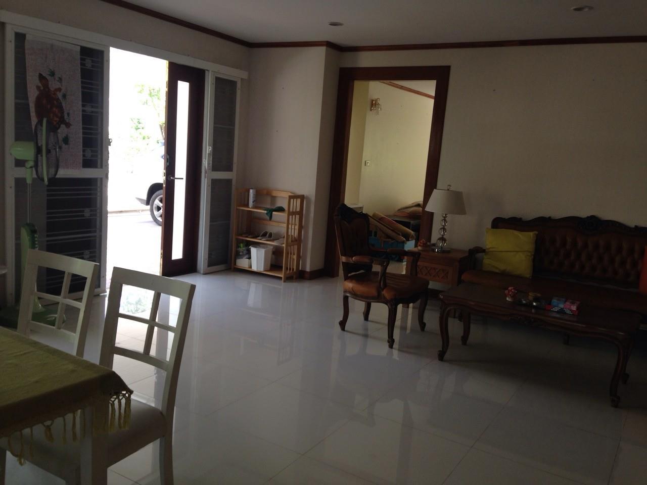 Shambhala Realty Agency's Noble GEO Vatcharaphol villa Condominium for Sale in Ramintra 14