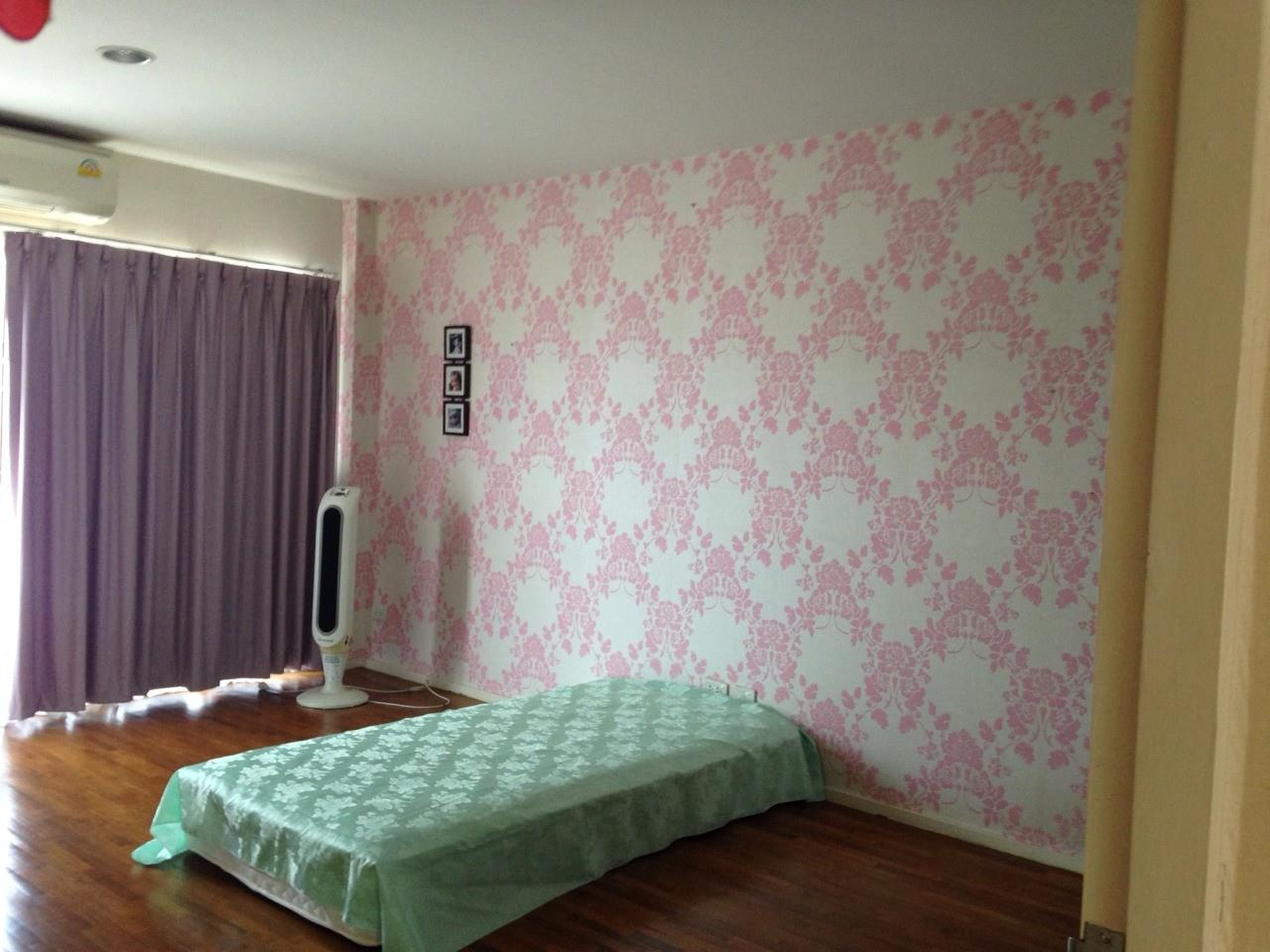 Shambhala Realty Agency's Noble GEO Vatcharaphol villa Condominium for Sale in Ramintra 6