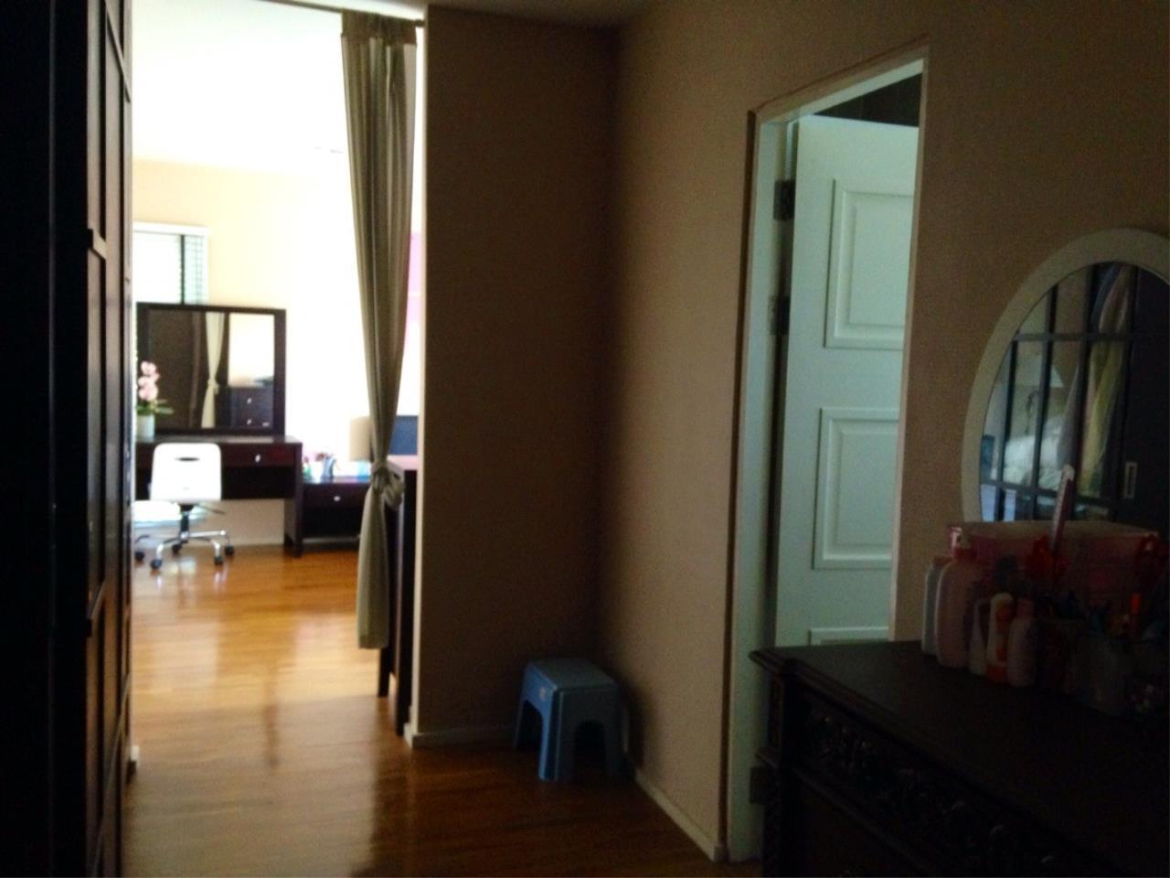 Shambhala Realty Agency's Noble GEO Vatcharaphol villa Condominium for Sale in Ramintra 7