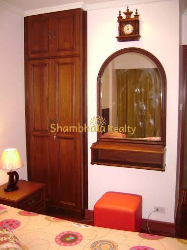 Shambhala Realty Agency's Prasamrnmit Condo At Asok 4