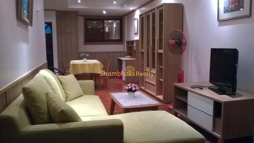 Shambhala Realty Agency's Prasamrnmit Condo At Asok 12