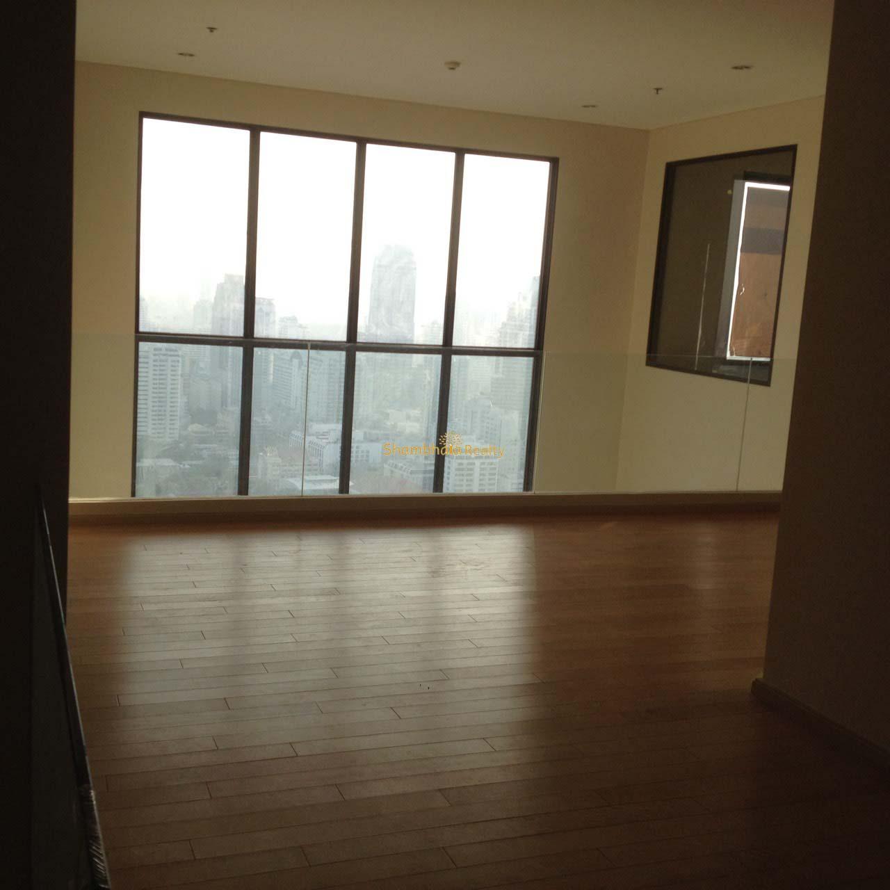 Shambhala Realty Agency's Big Villa Asok Penthouse Duplex  9