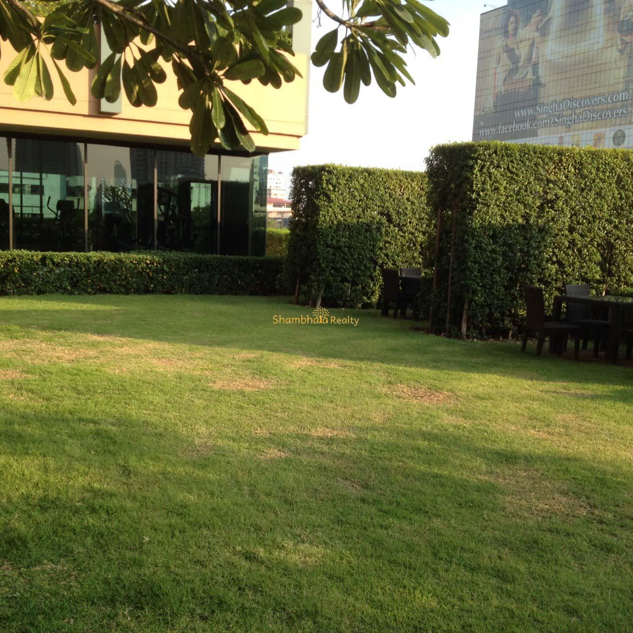 Shambhala Realty Agency's Big Villa Asok Penthouse Duplex  16