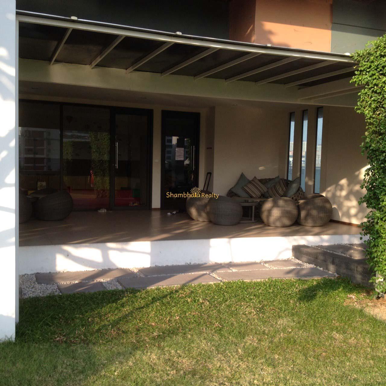 Shambhala Realty Agency's Big Villa Asok Penthouse Duplex  18