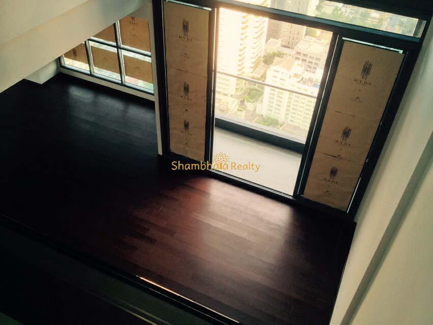 Shambhala Realty Agency's Big Penthouse Sukhumvit Urgent 1
