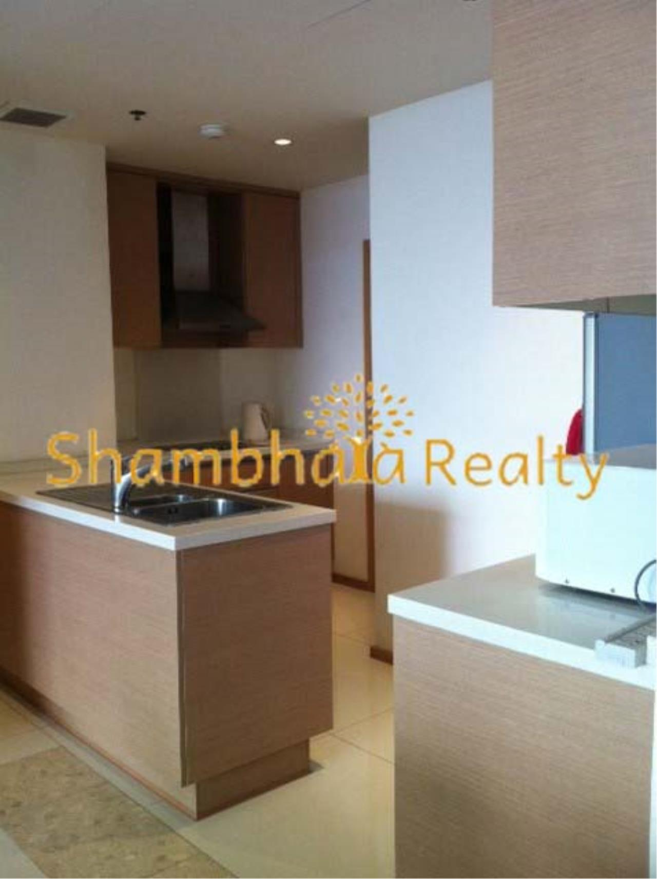 Shambhala Realty Agency's The Empire Place Condominium for Rent in Narathiwas-Ratchanakarin 6