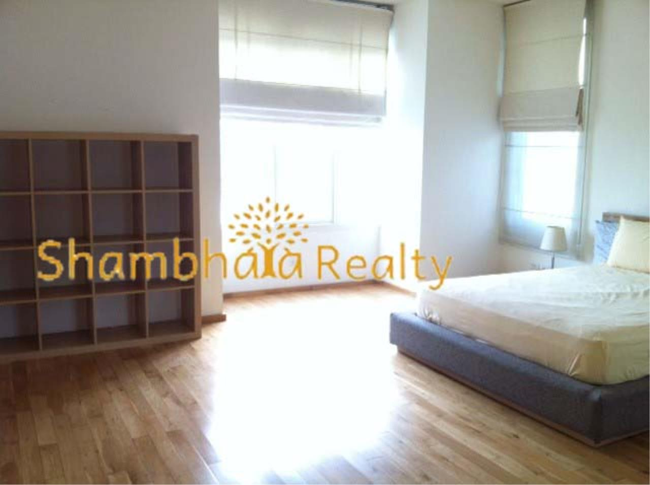 Shambhala Realty Agency's The Empire Place Condominium for Rent in Narathiwas-Ratchanakarin 4