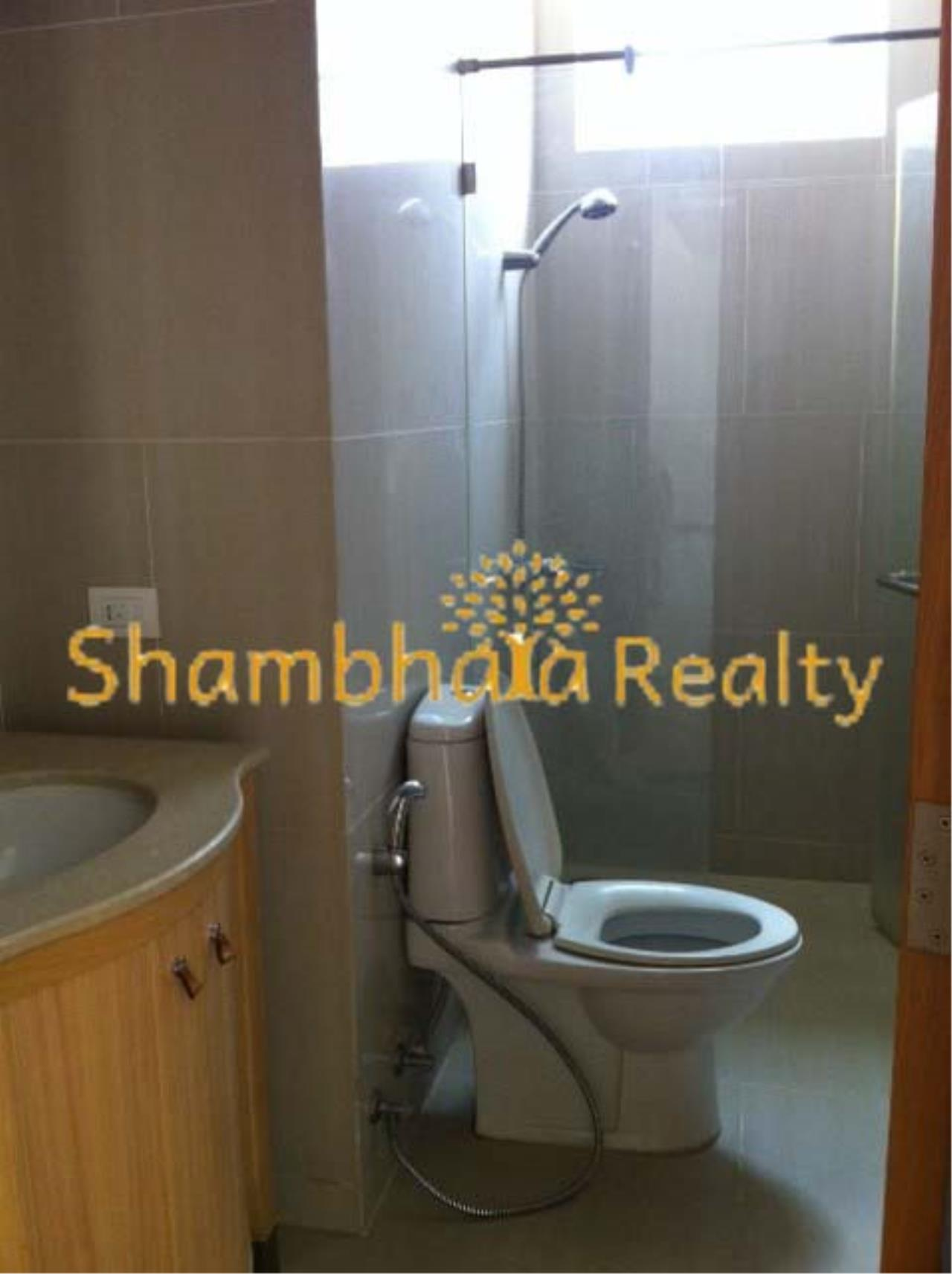 Shambhala Realty Agency's The Empire Place Condominium for Rent in Narathiwas-Ratchanakarin 5