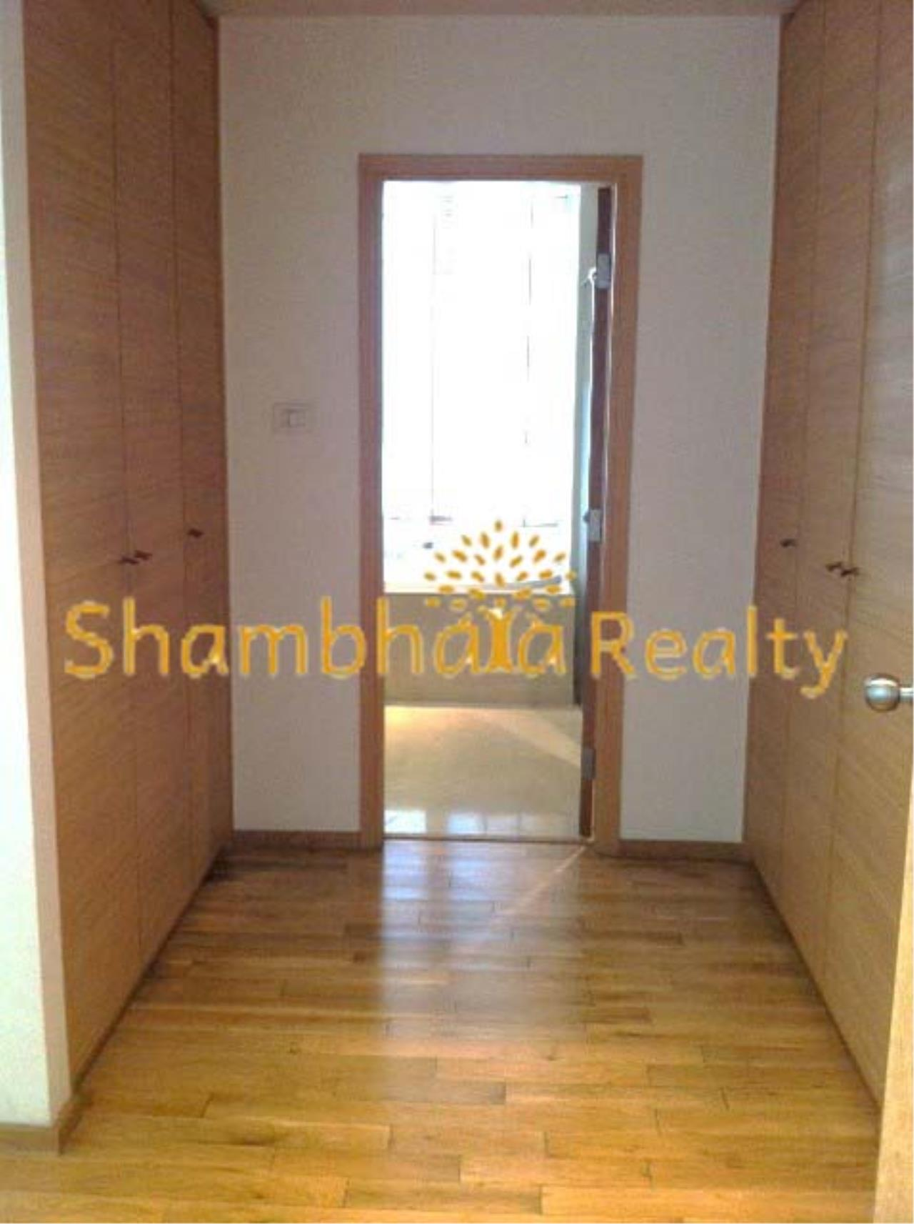 Shambhala Realty Agency's The Empire Place Condominium for Rent in Narathiwas-Ratchanakarin 1