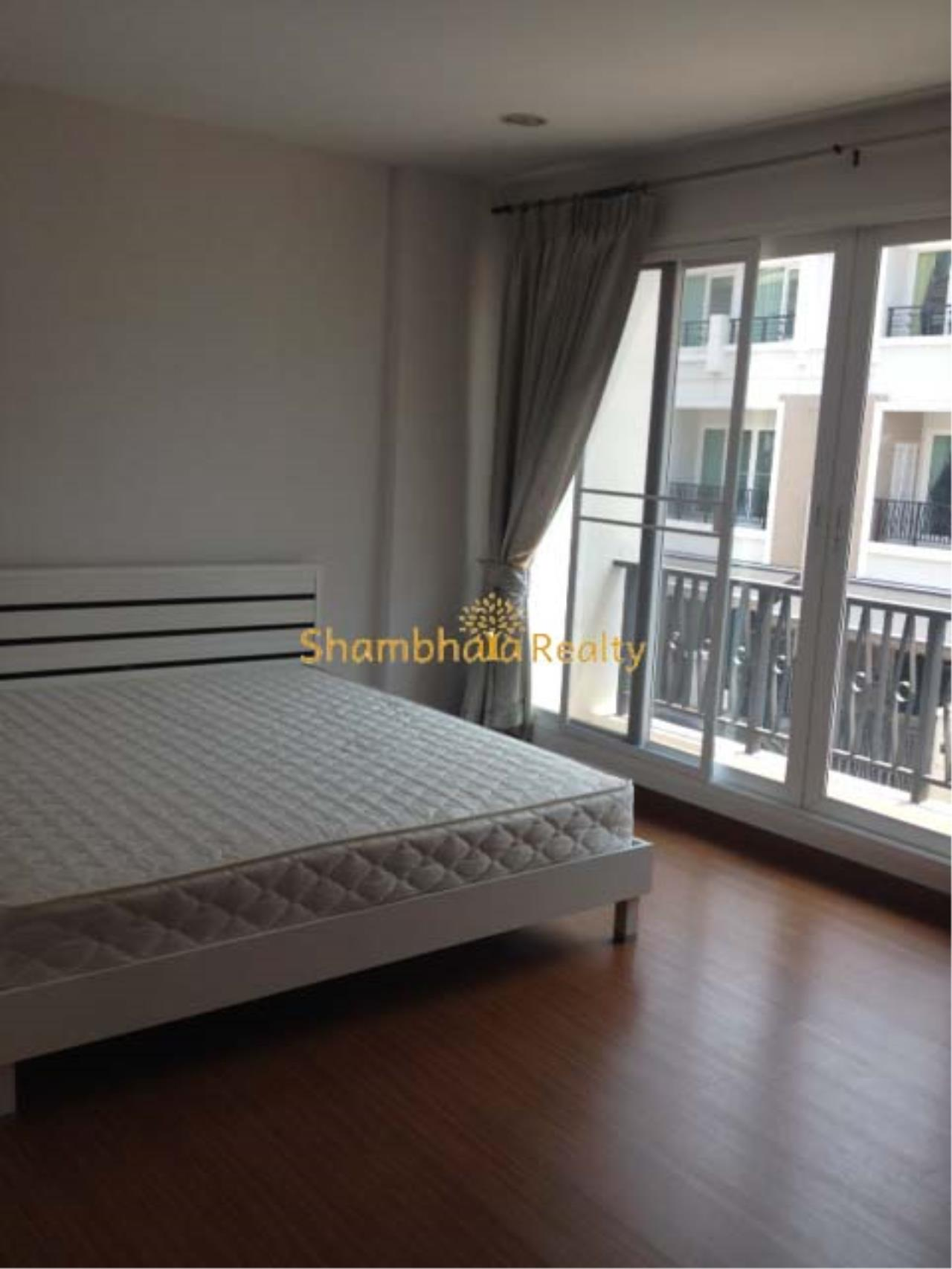 Shambhala Realty Agency's Ban Klang Krung Sathorn Townhouse for Rent in Sathorn 6