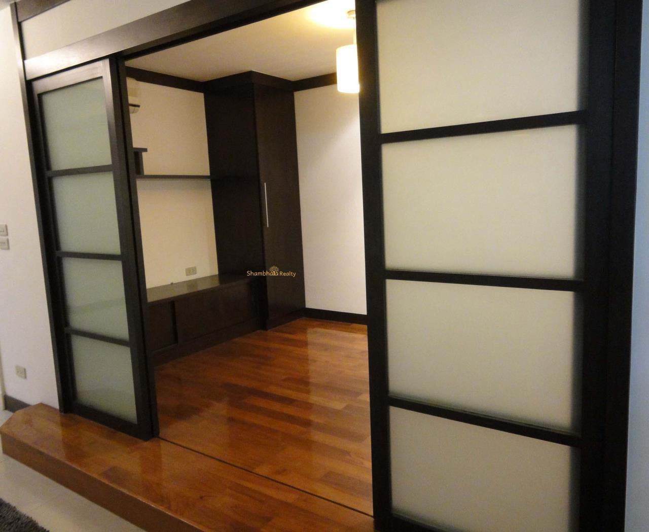 Shambhala Realty Agency's Royal Castle Condominium for Rent in Sukhumvit 39 23