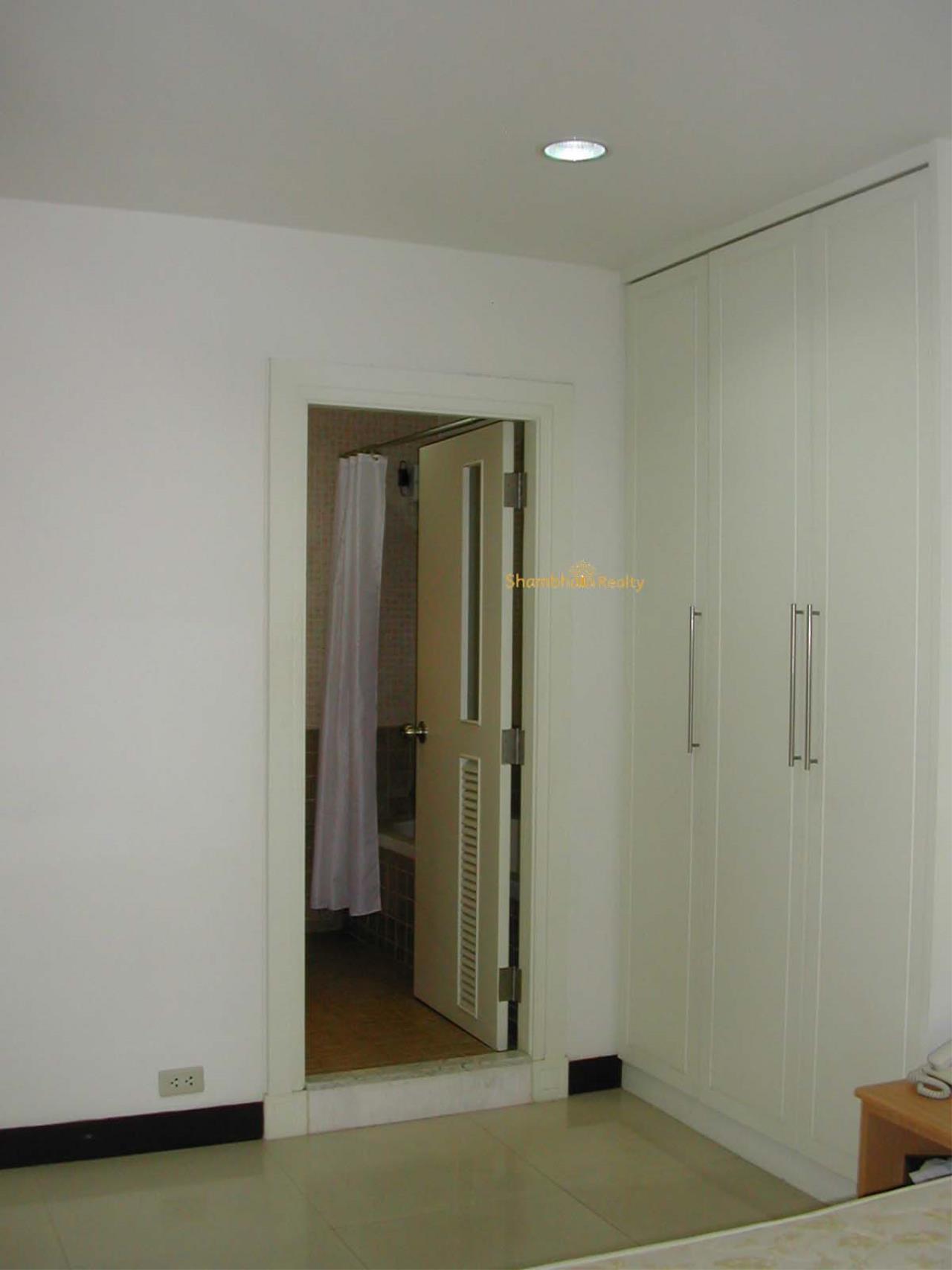 Shambhala Realty Agency's Royal Castle Condominium for Rent in Sukhumvit 39 14