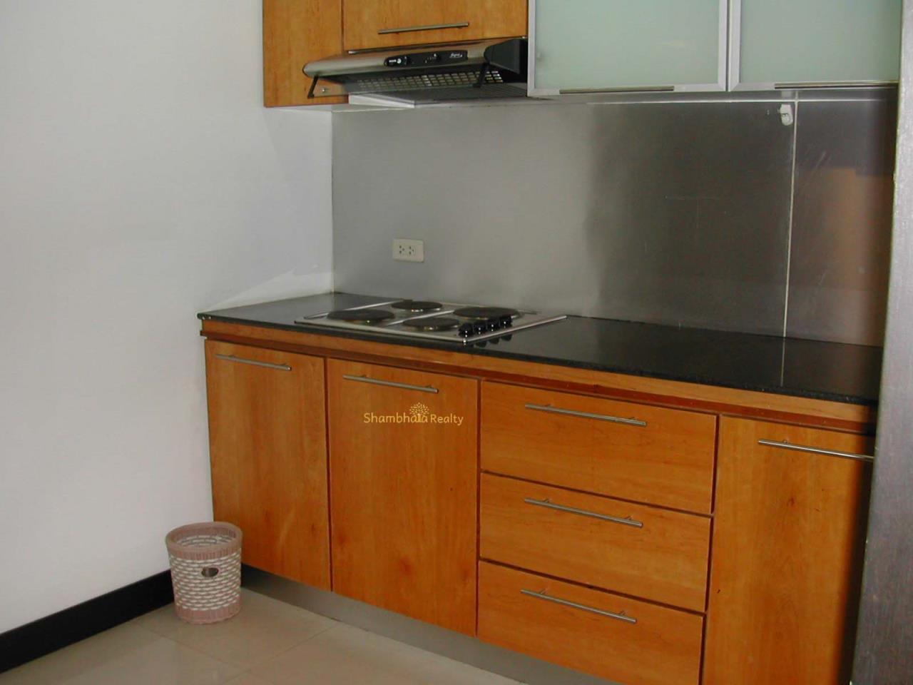 Shambhala Realty Agency's Royal Castle Condominium for Rent in Sukhumvit 39 7