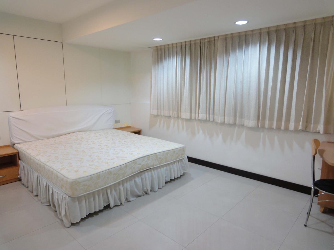 Shambhala Realty Agency's Royal Castle Condominium for Rent in Sukhumvit 39 1