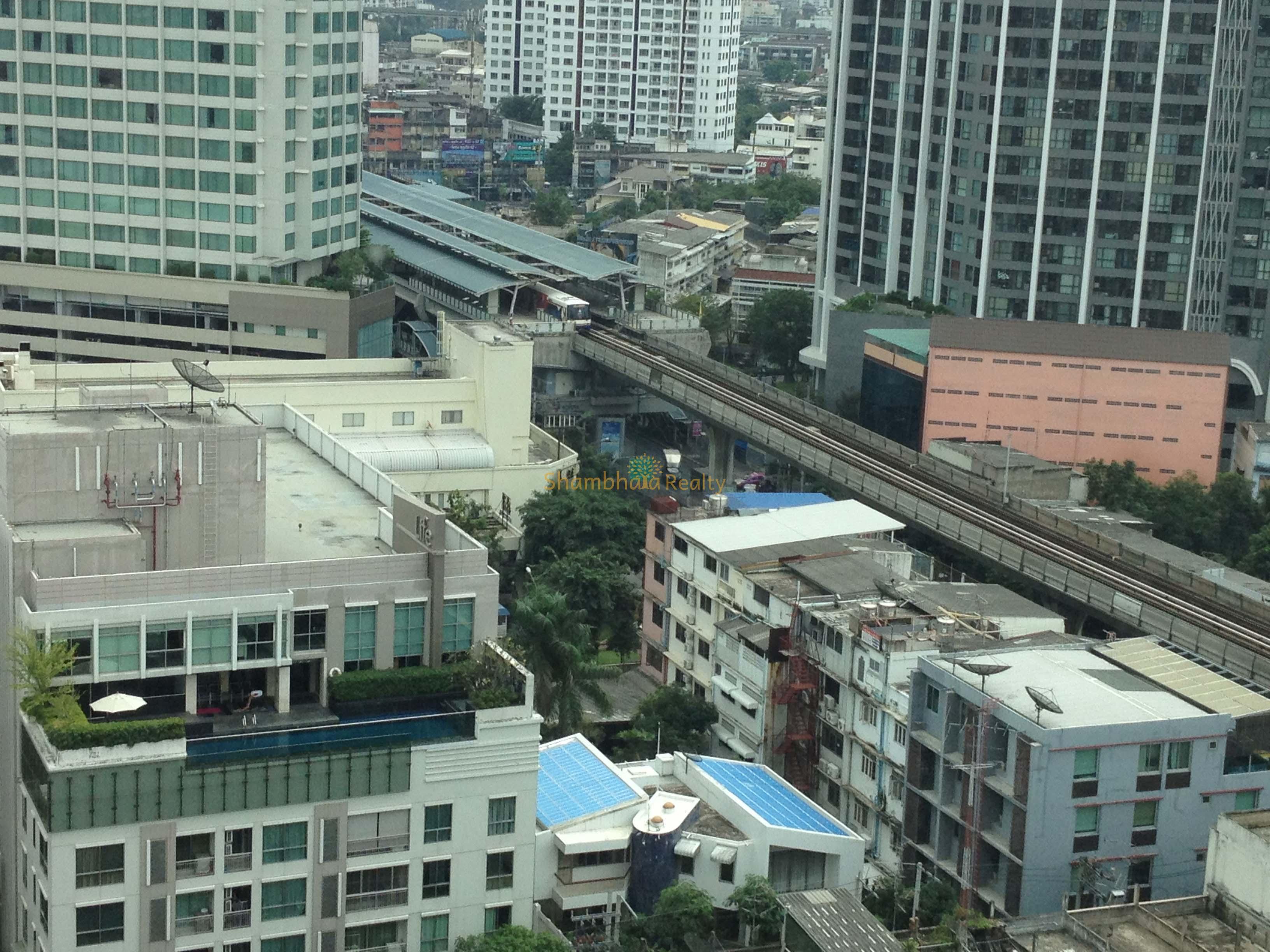 Shambhala Realty Agency's Condo for rent 1 Bed 1 Bath Near BTS Phakanong 4
