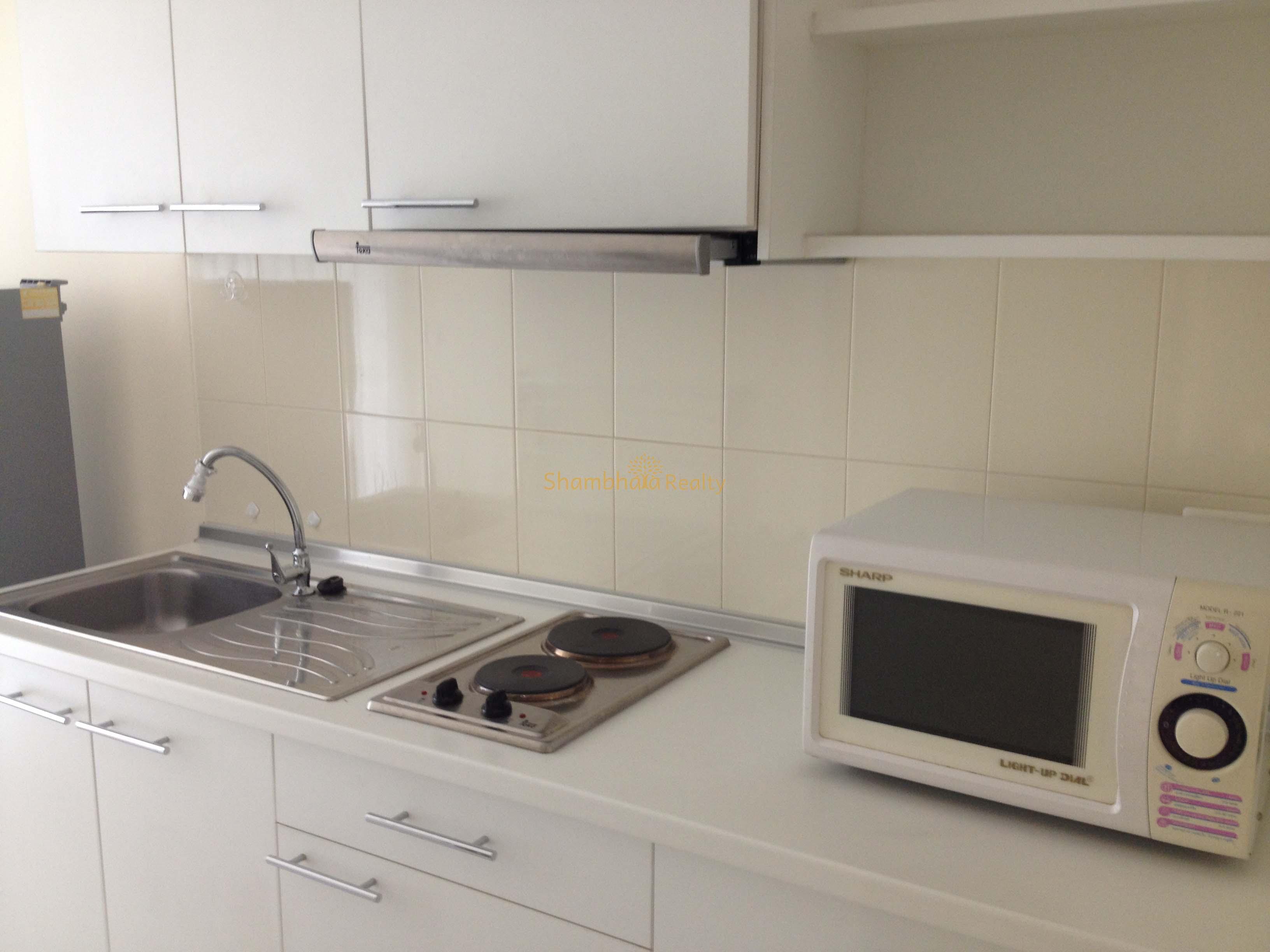 Shambhala Realty Agency's Condo for rent 1 Bed 1 Bath Near BTS Phakanong 6