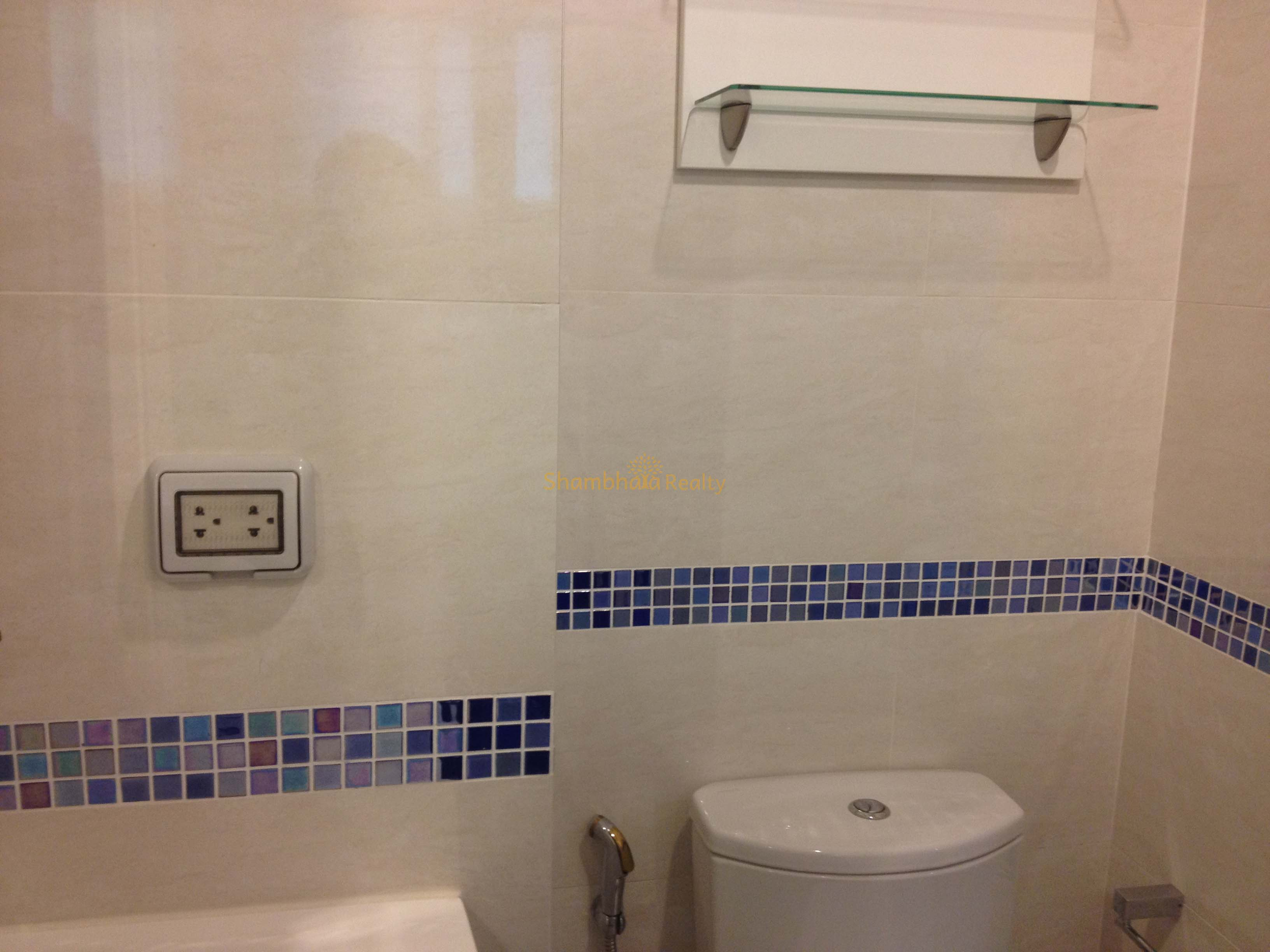 Shambhala Realty Agency's Condo for rent 1 Bed 1 Bath Near BTS Phakanong 7