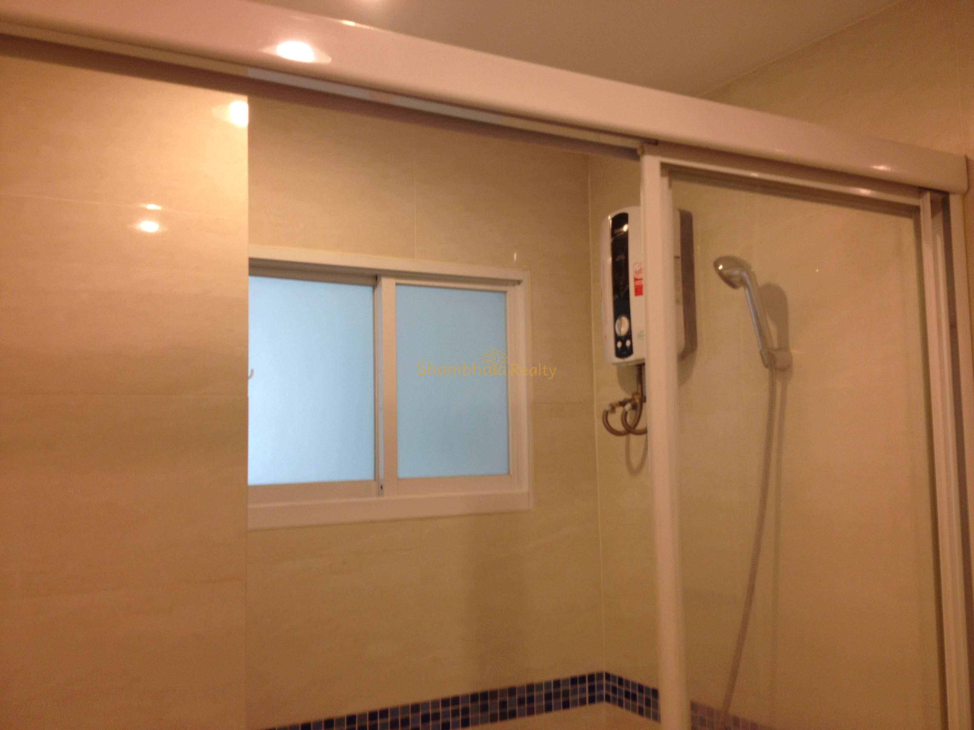 Shambhala Realty Agency's Condo for rent 1 Bed 1 Bath Near BTS Phakanong 8