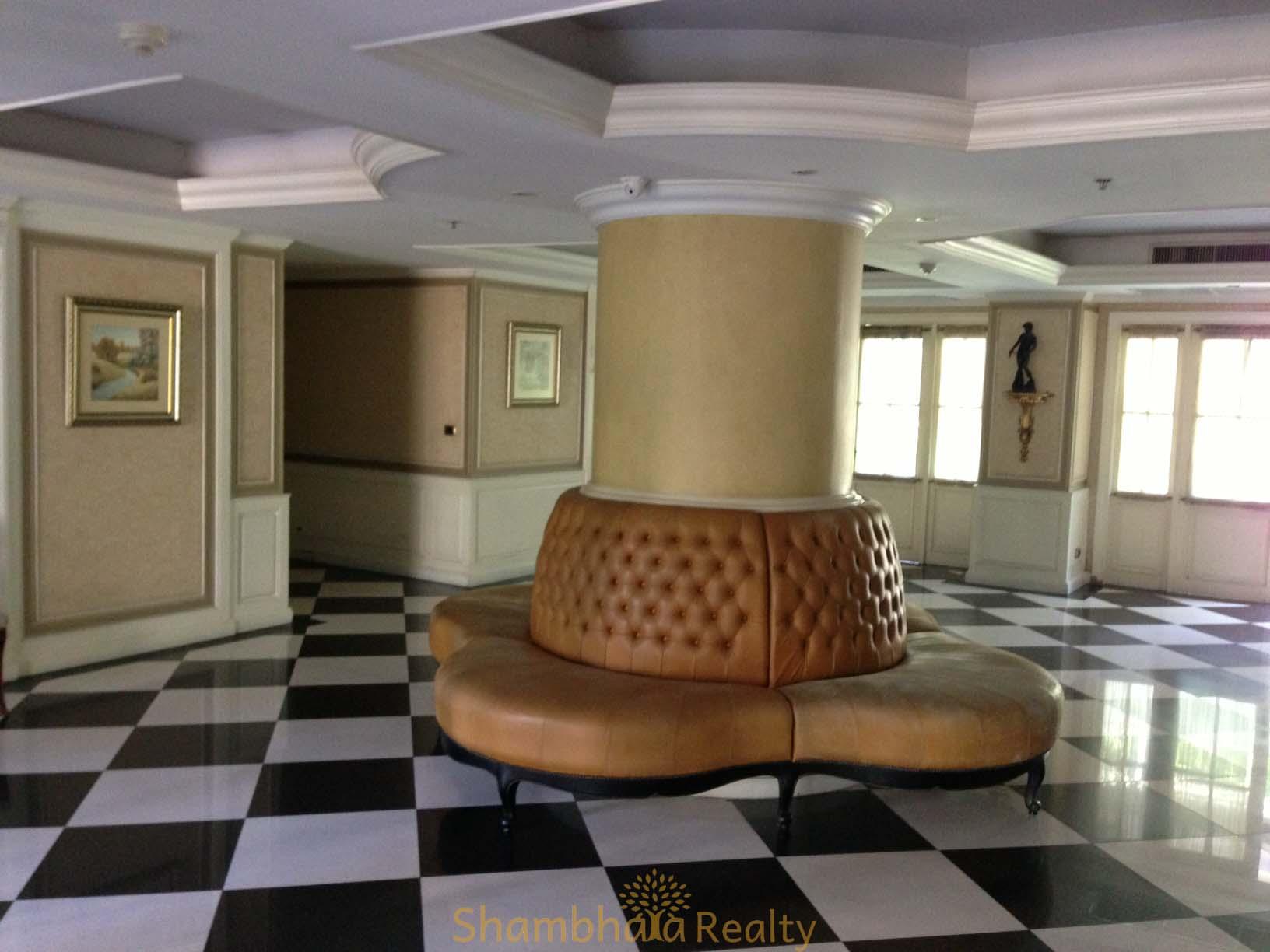 Shambhala Realty Agency's For Sale: La Vie En Rose, 3 Bed/4 Bath, Good location condo in Thonglor area 9