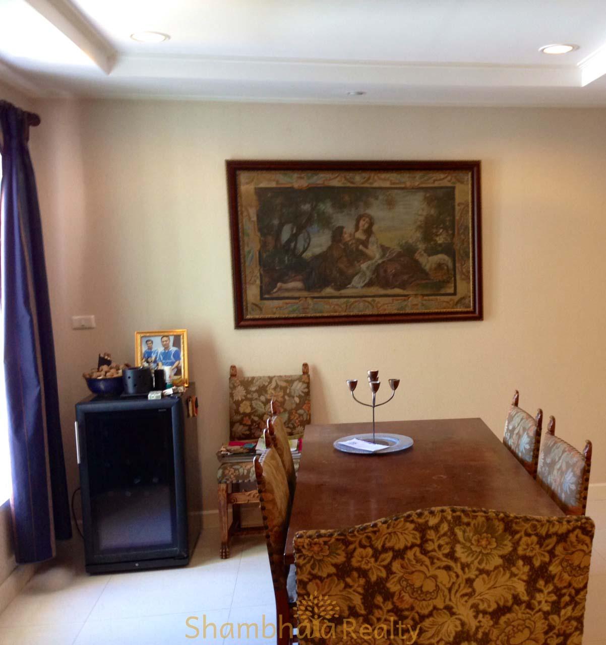 Shambhala Realty Agency's For Sale: La Vie En Rose, 3 Bed/4 Bath, Good location condo in Thonglor area 3